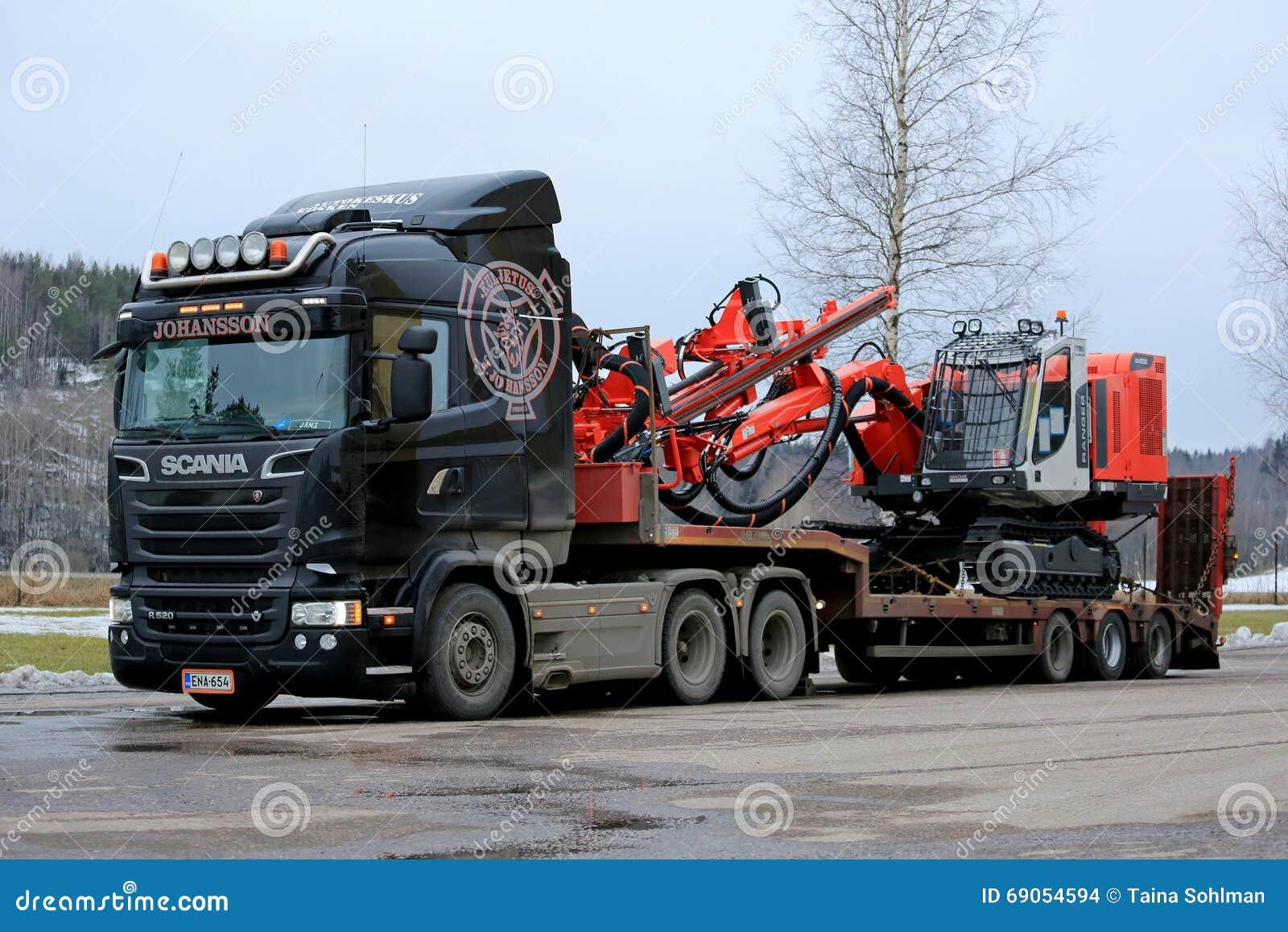 Scania Semi Hauls Sandvik Ranger Drill Rig Editorial Stock