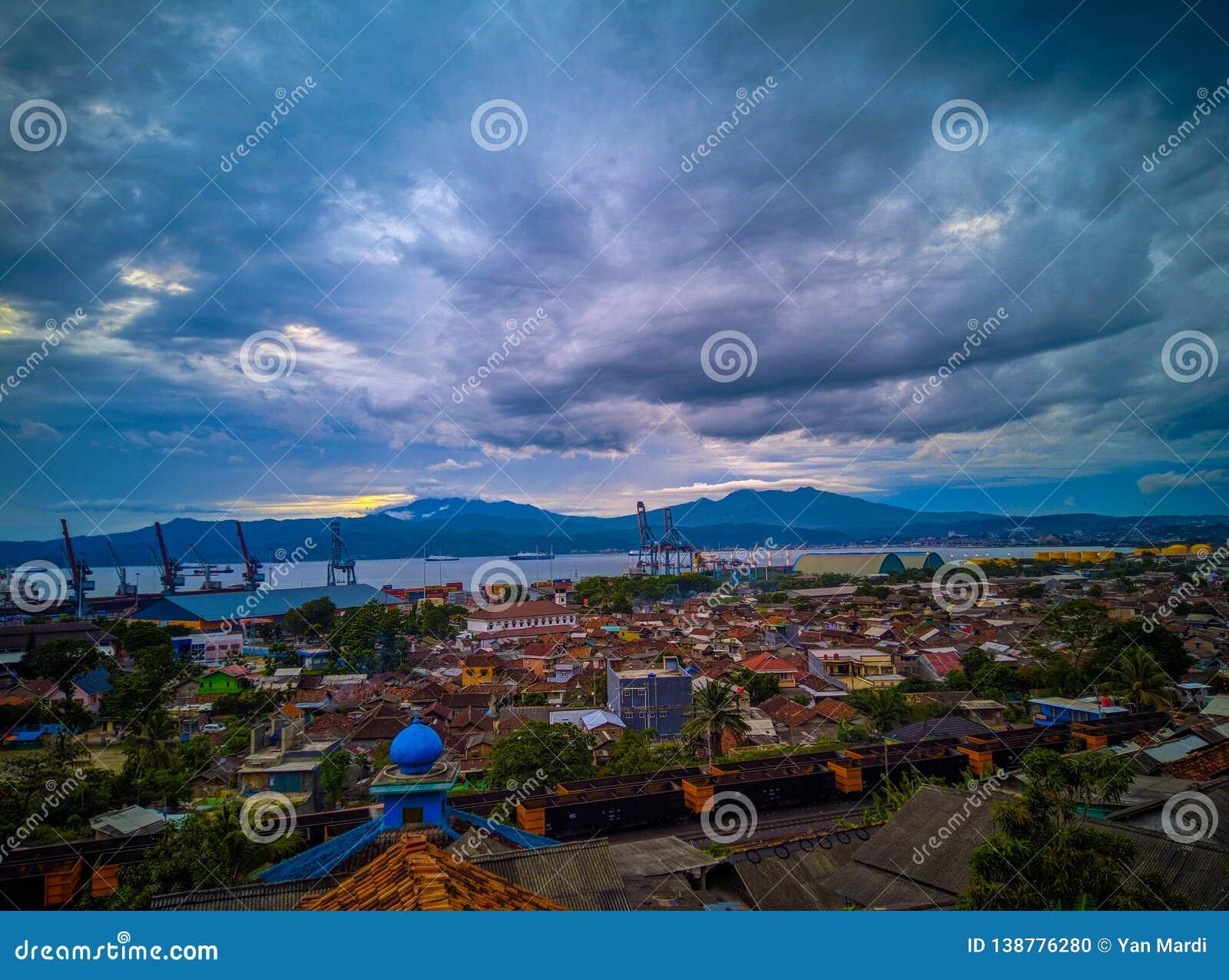 Scape della città di Panjang