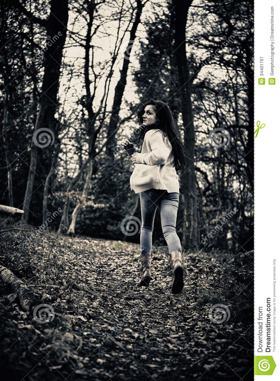 Scared Girl Running Royalty Free Stock Photography