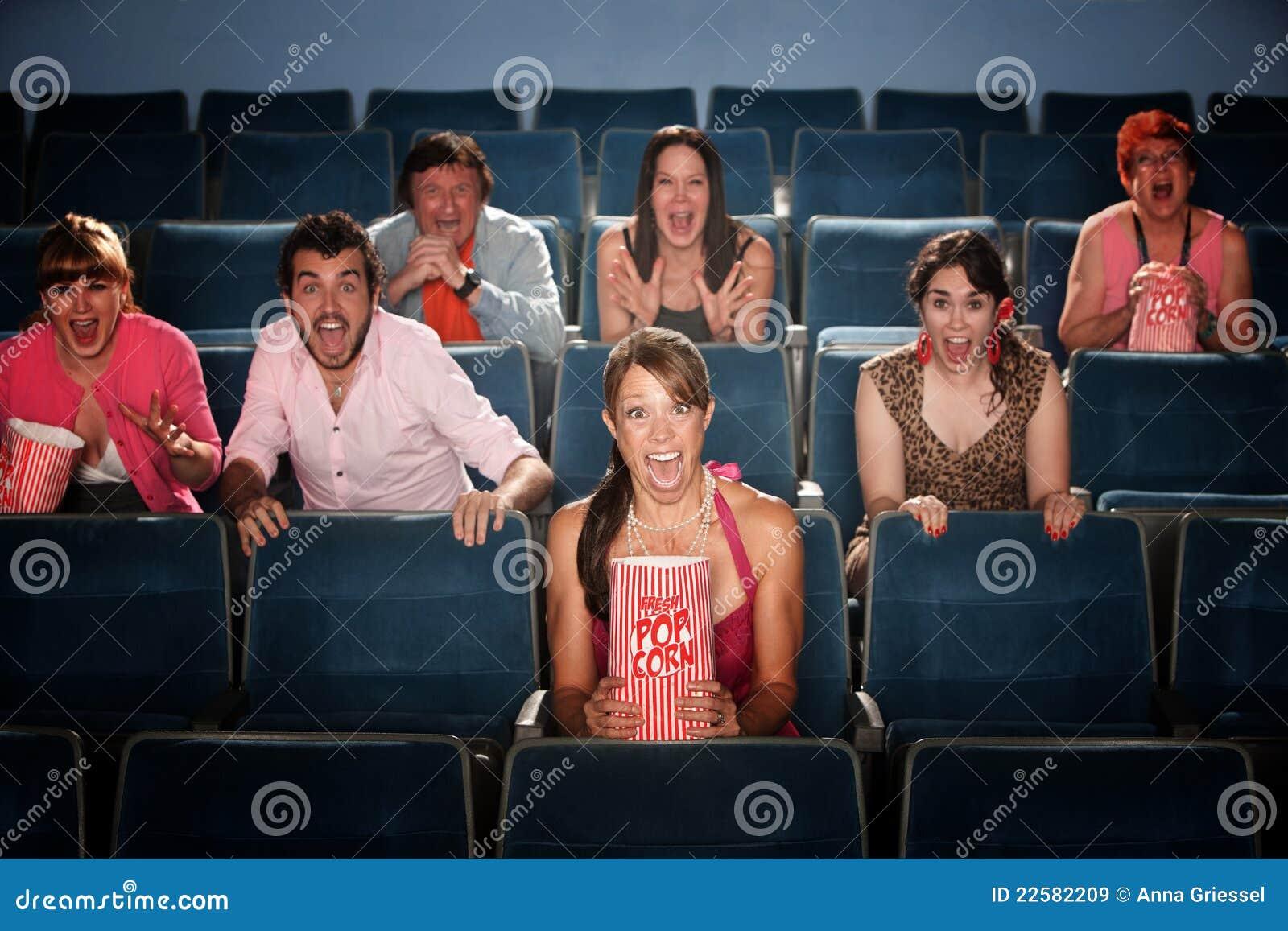 Scared no teatro