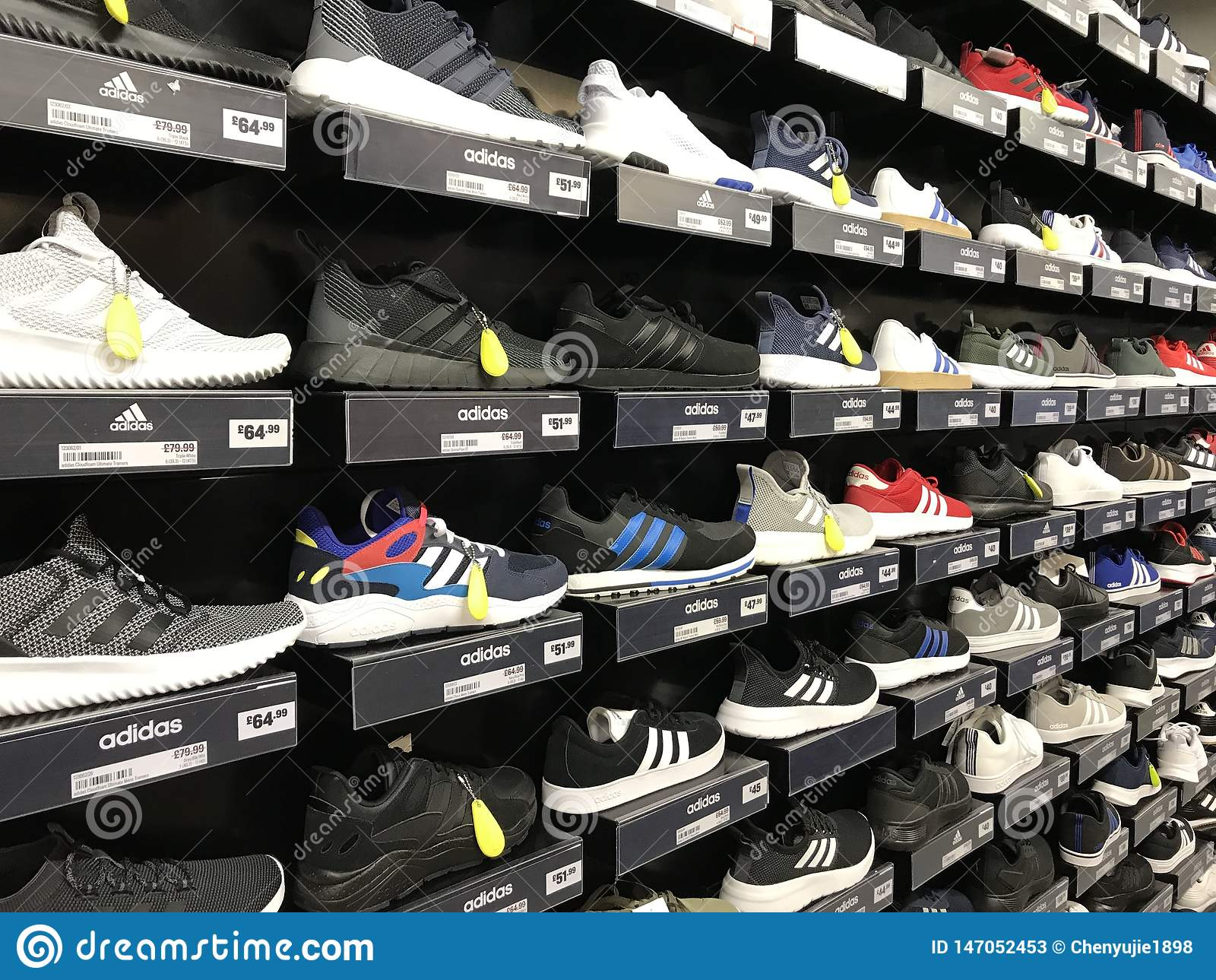 Scarpe di sport di Adidas