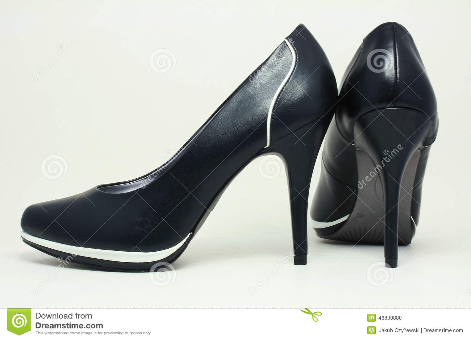 A Scarpe Alto Stock Eleganti Di Nere Immagine Tacco Fotografia znAUdnPxf