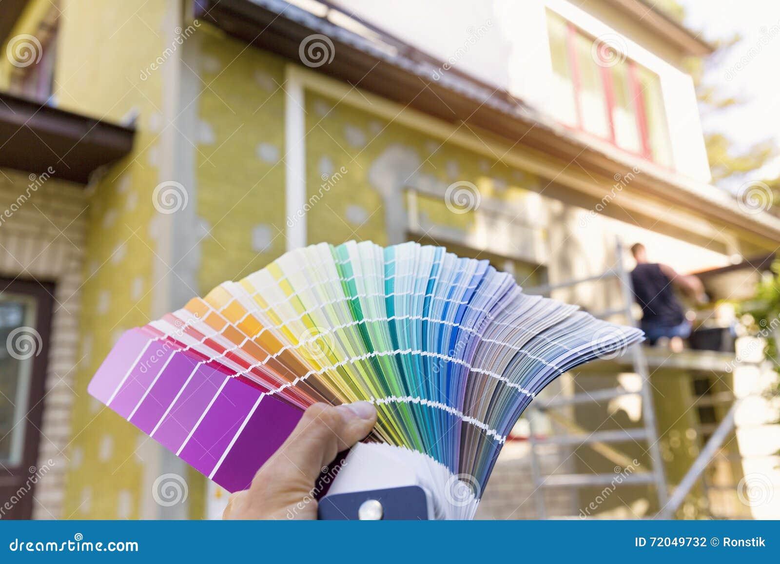 Scelta Colore Per Esterno Casa : Scelta del colore della pittura per esterno della casa fotografia
