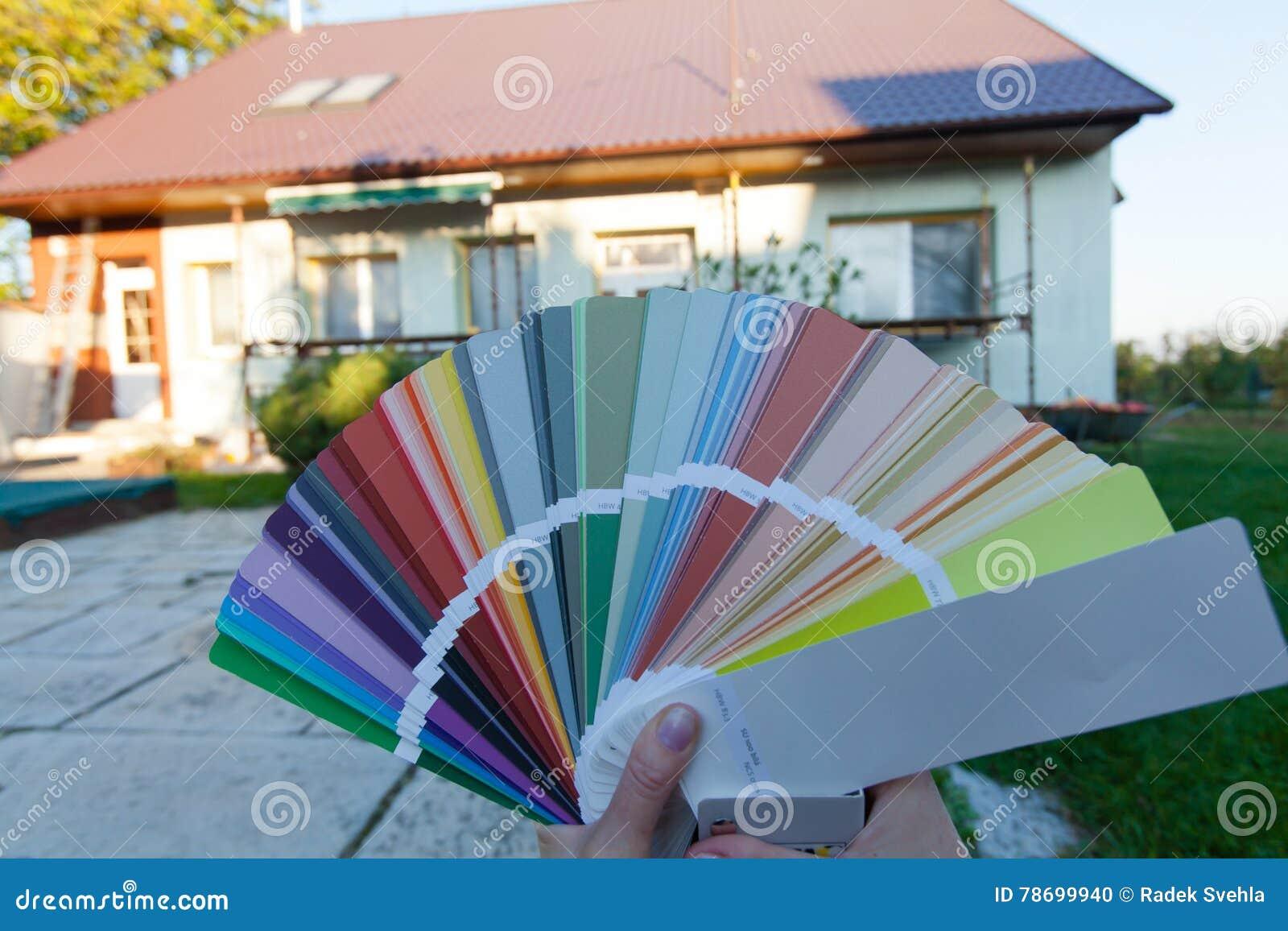 Scelta Del Colore Nuovo Della Facciata Fotografia Stock
