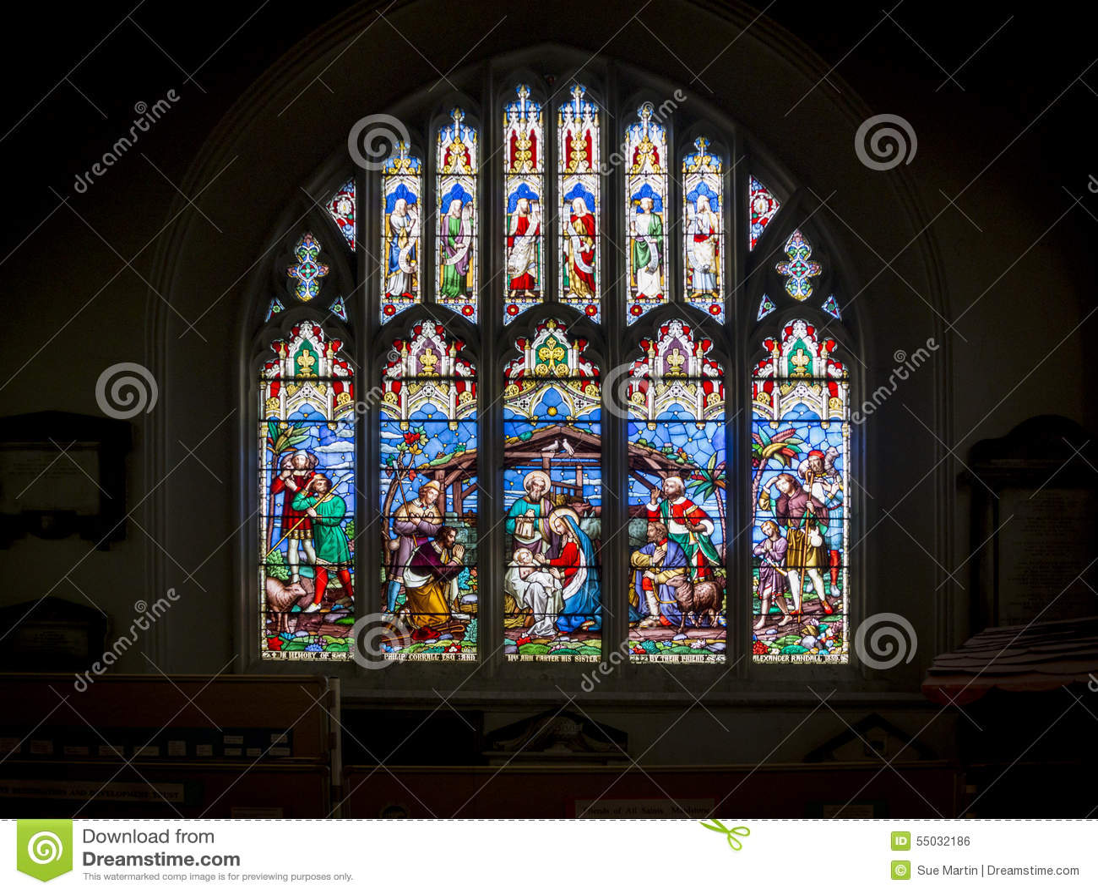 Scena di natività della finestra della chiesa del vetro macchiato