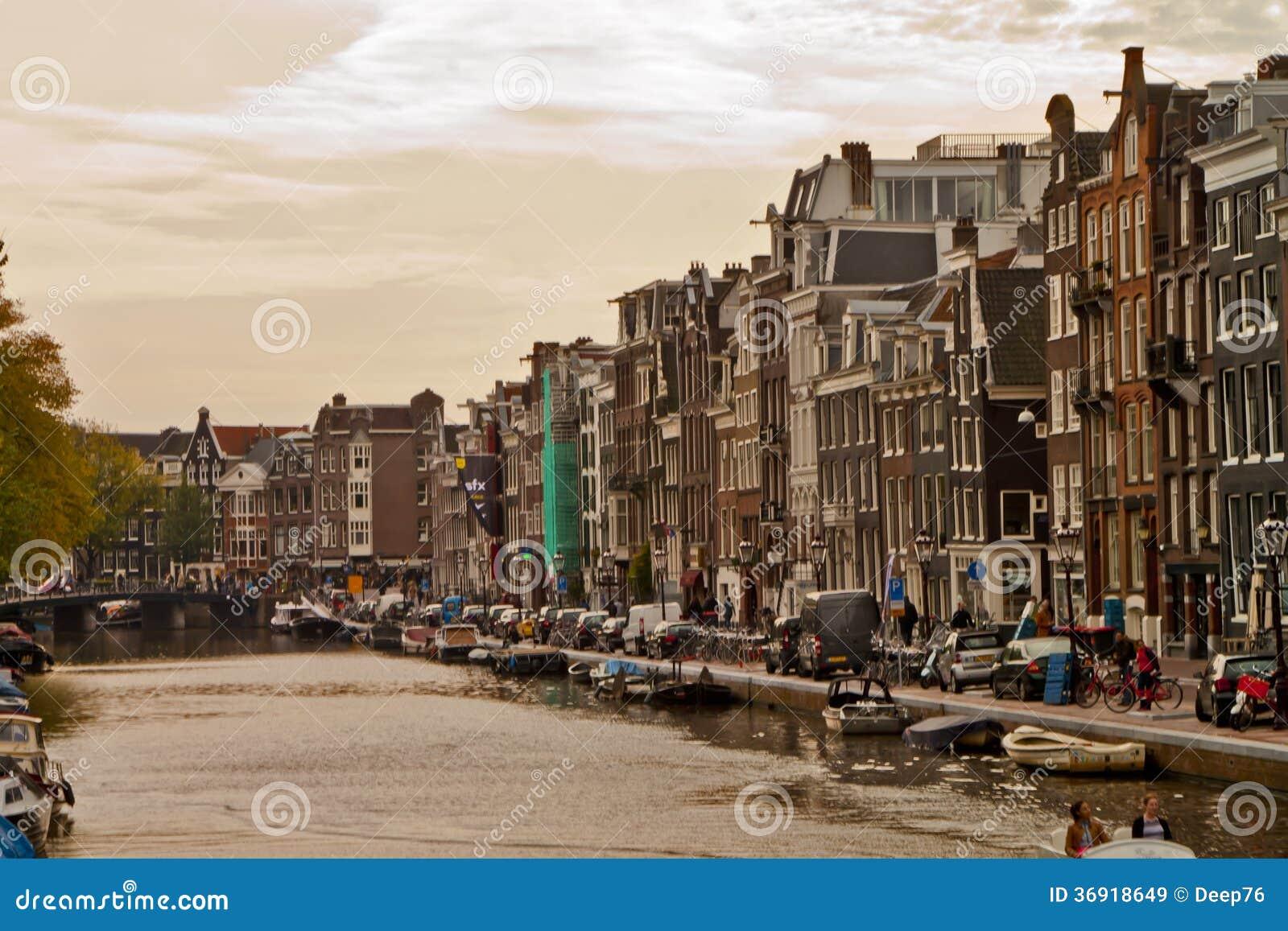 Scena w Amsterdam, Holandia