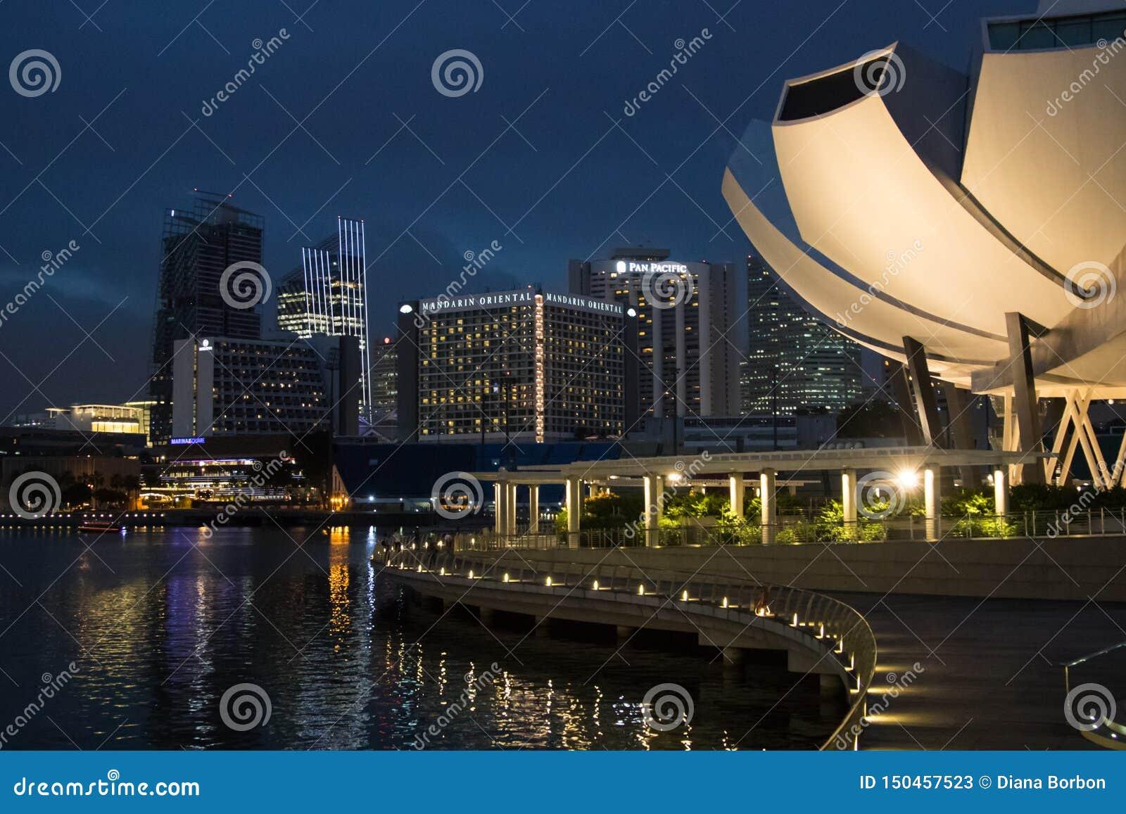 Scenary urbano de Singapur