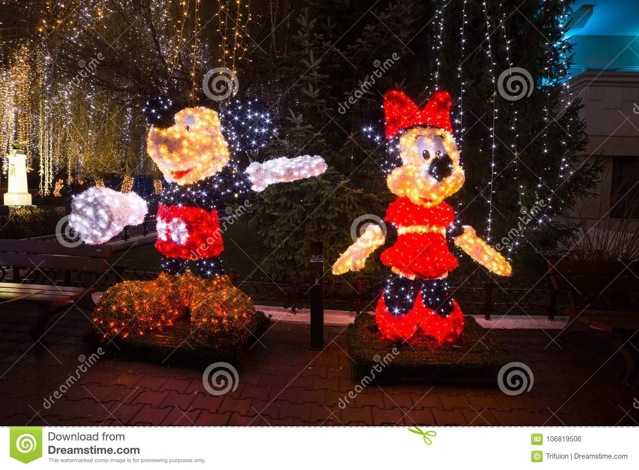 download minnie and mickey mouse christmas lights editorial photo image of brilliance mouse - Mickey Mouse Christmas Lights