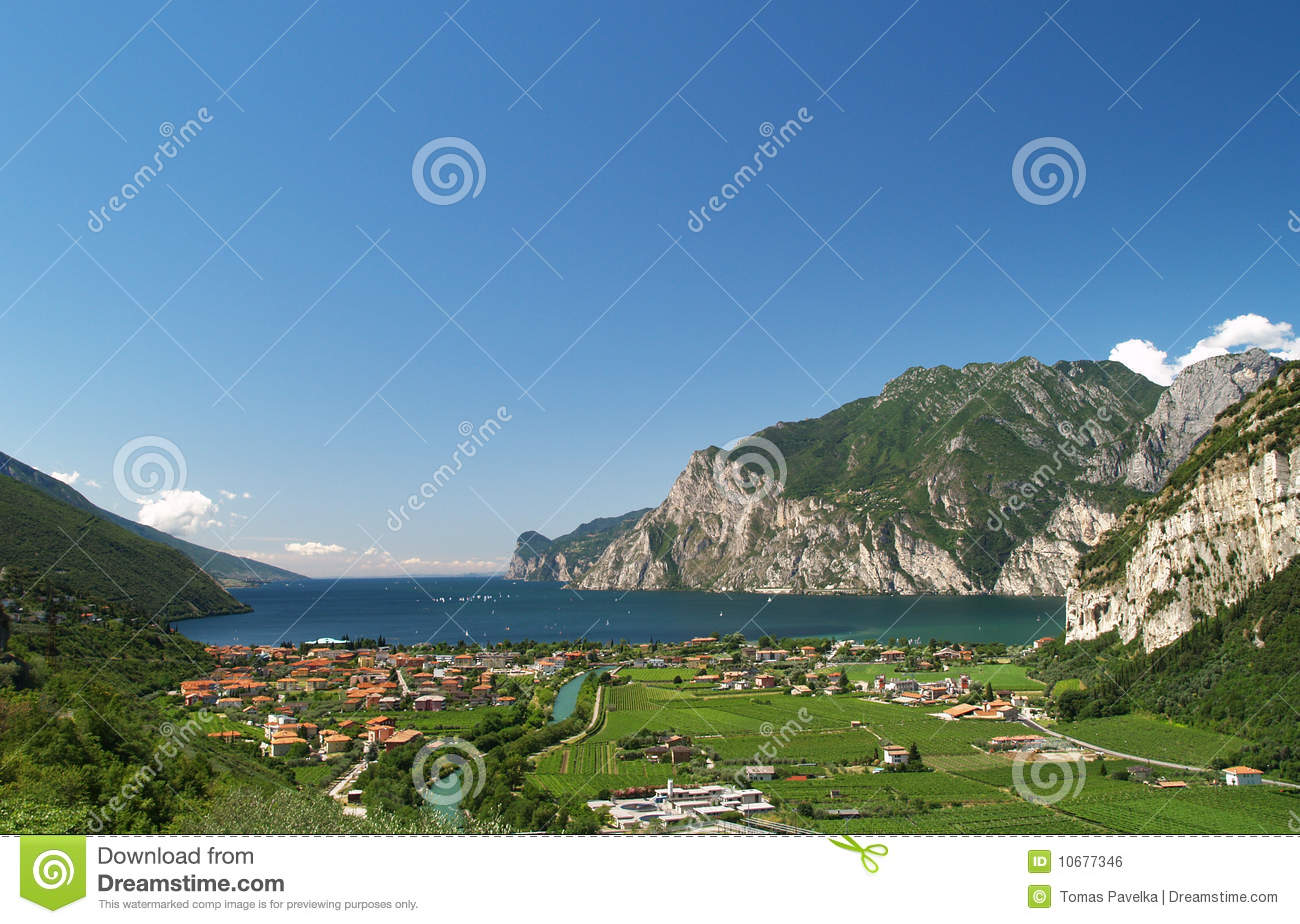 Scenery of Lake Garda