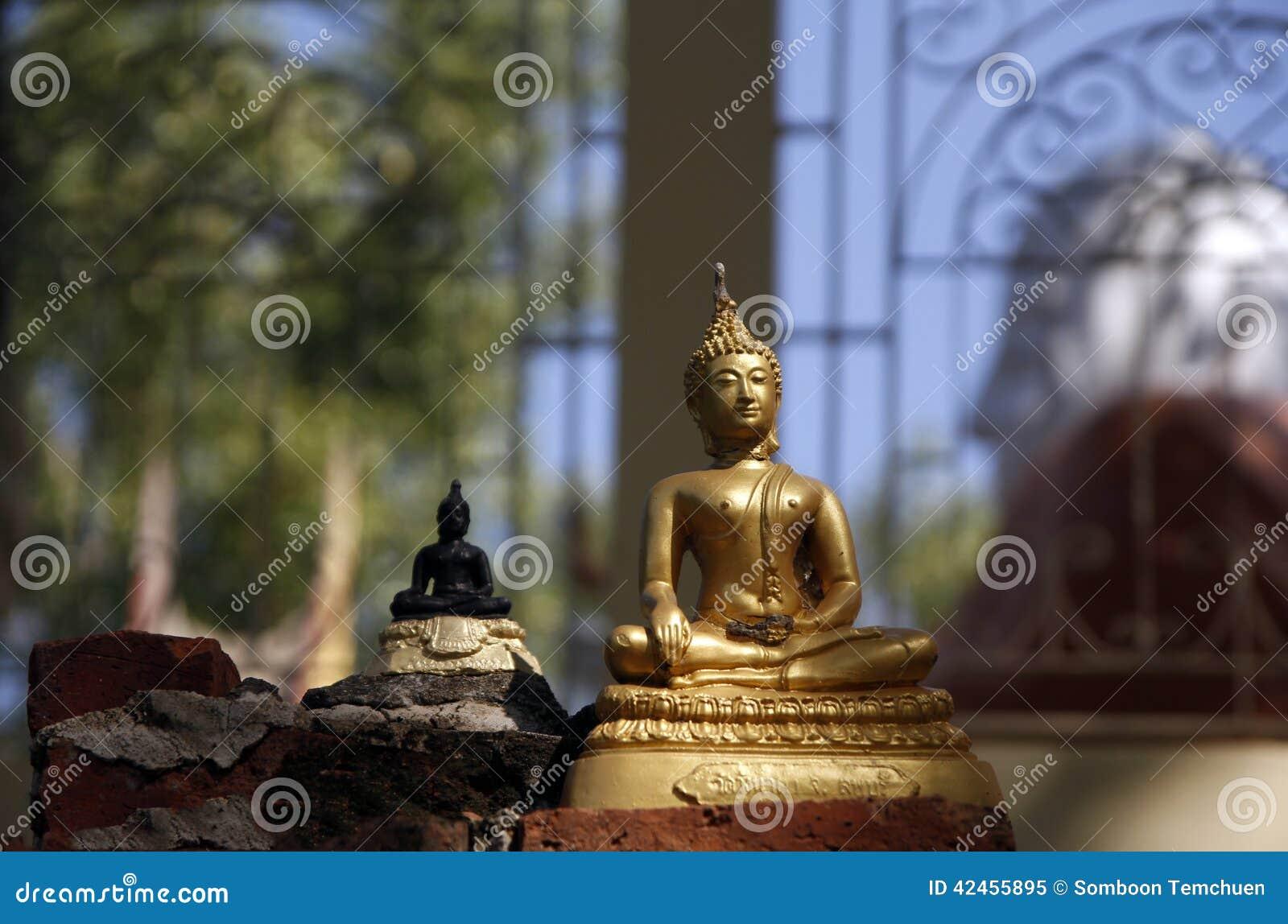Schädigender Buddha