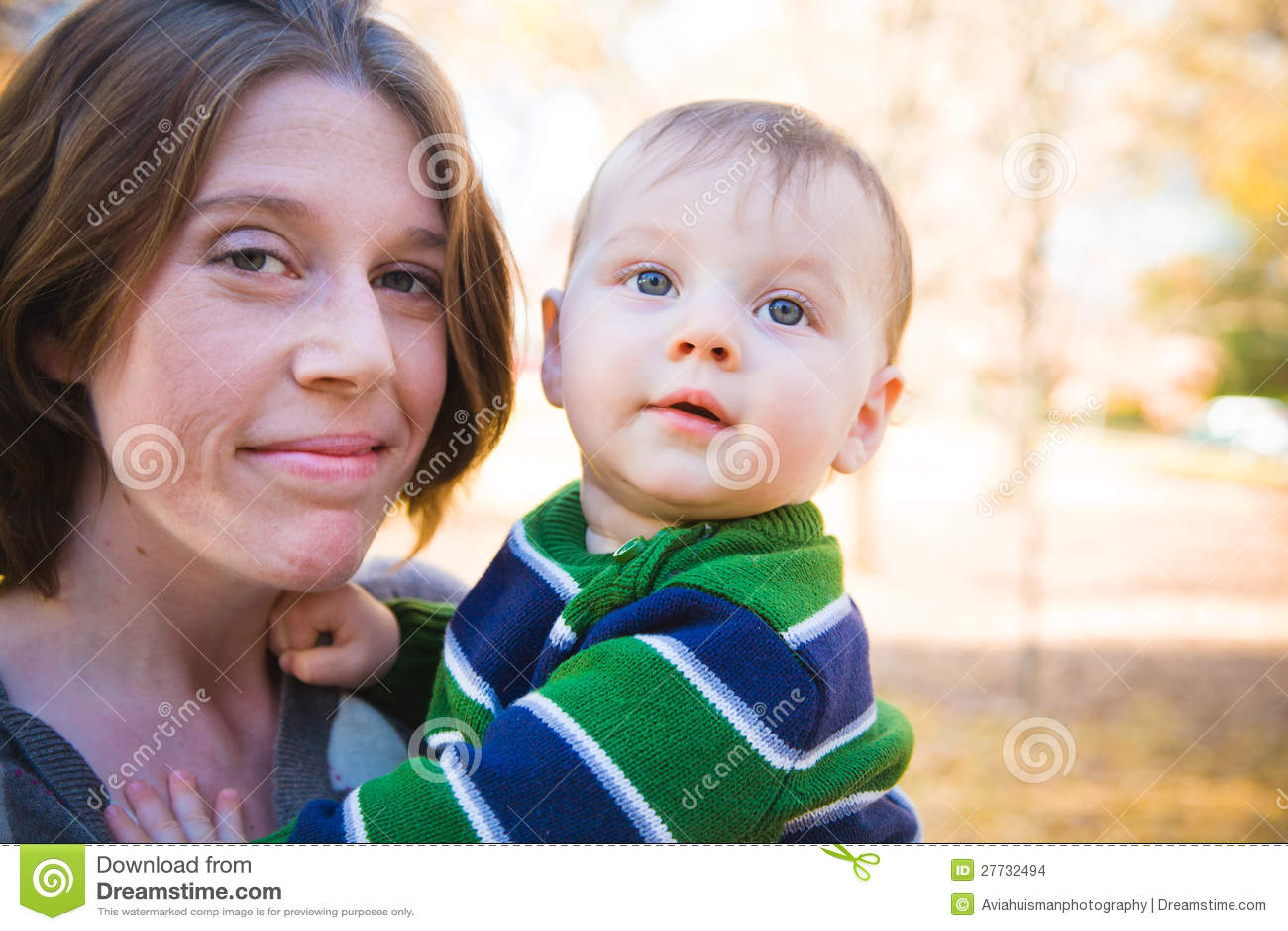 Schätzchen und Mutter