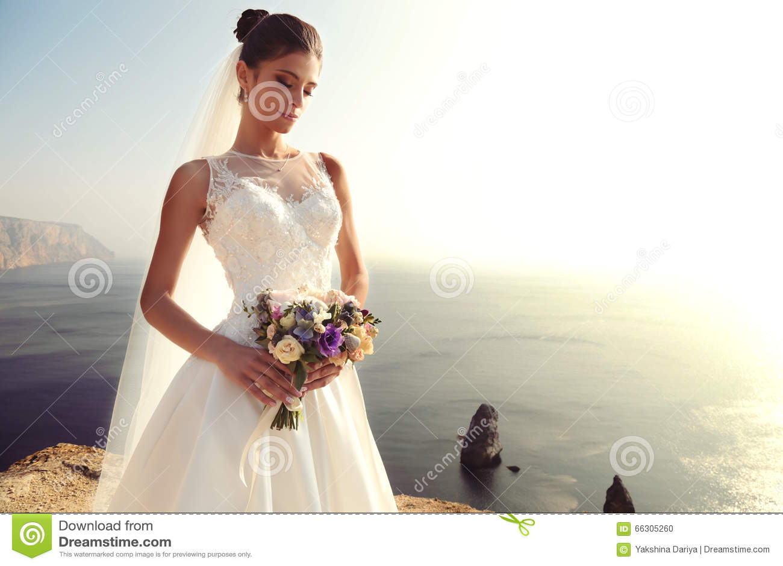 Großartig Dunkler Brautjunferkleider Zeitgenössisch - Brautkleider ...