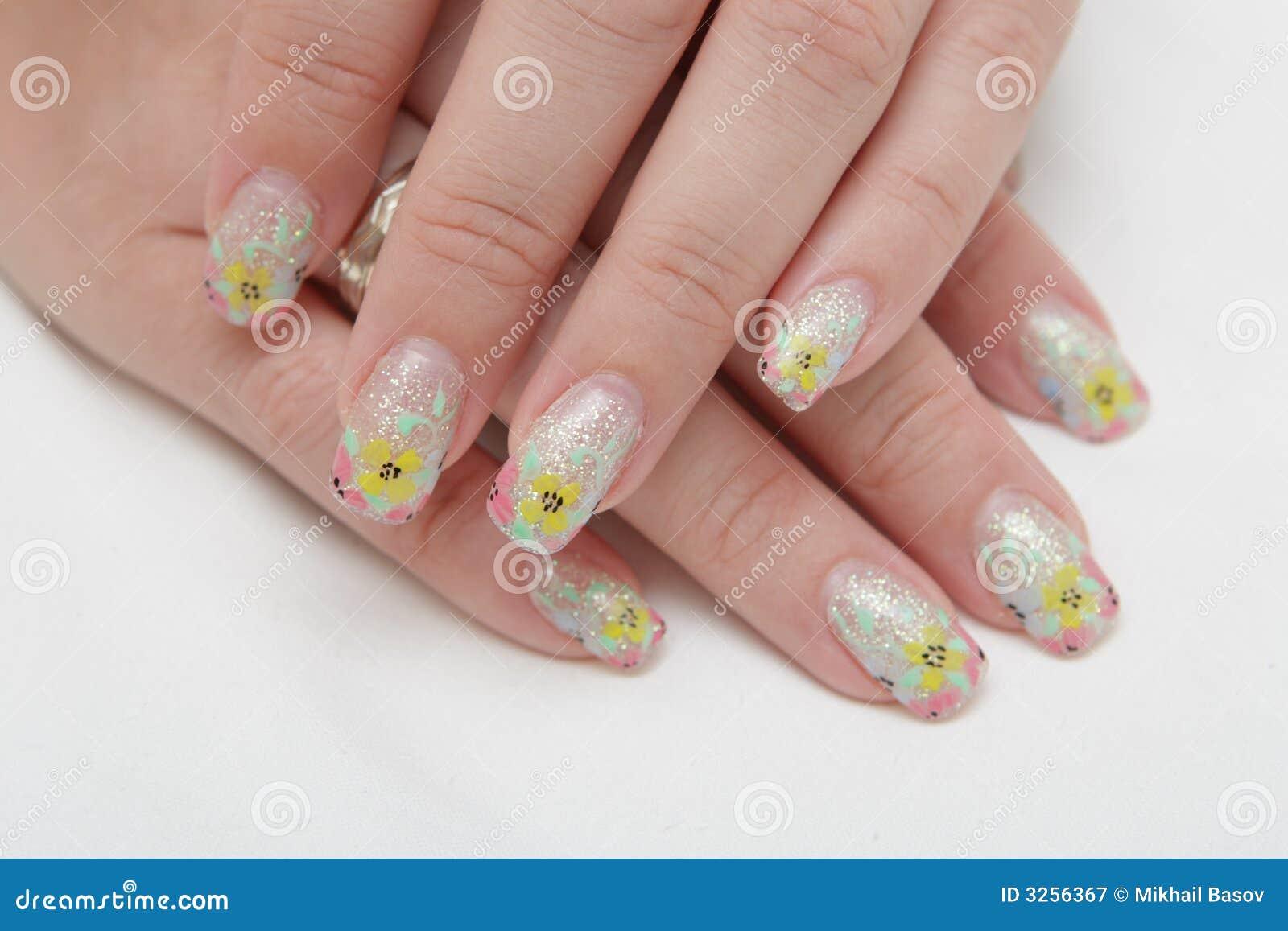 Schöne Hände, Die Nägel Zeigen Stockbild - Bild von weiblichkeit ...