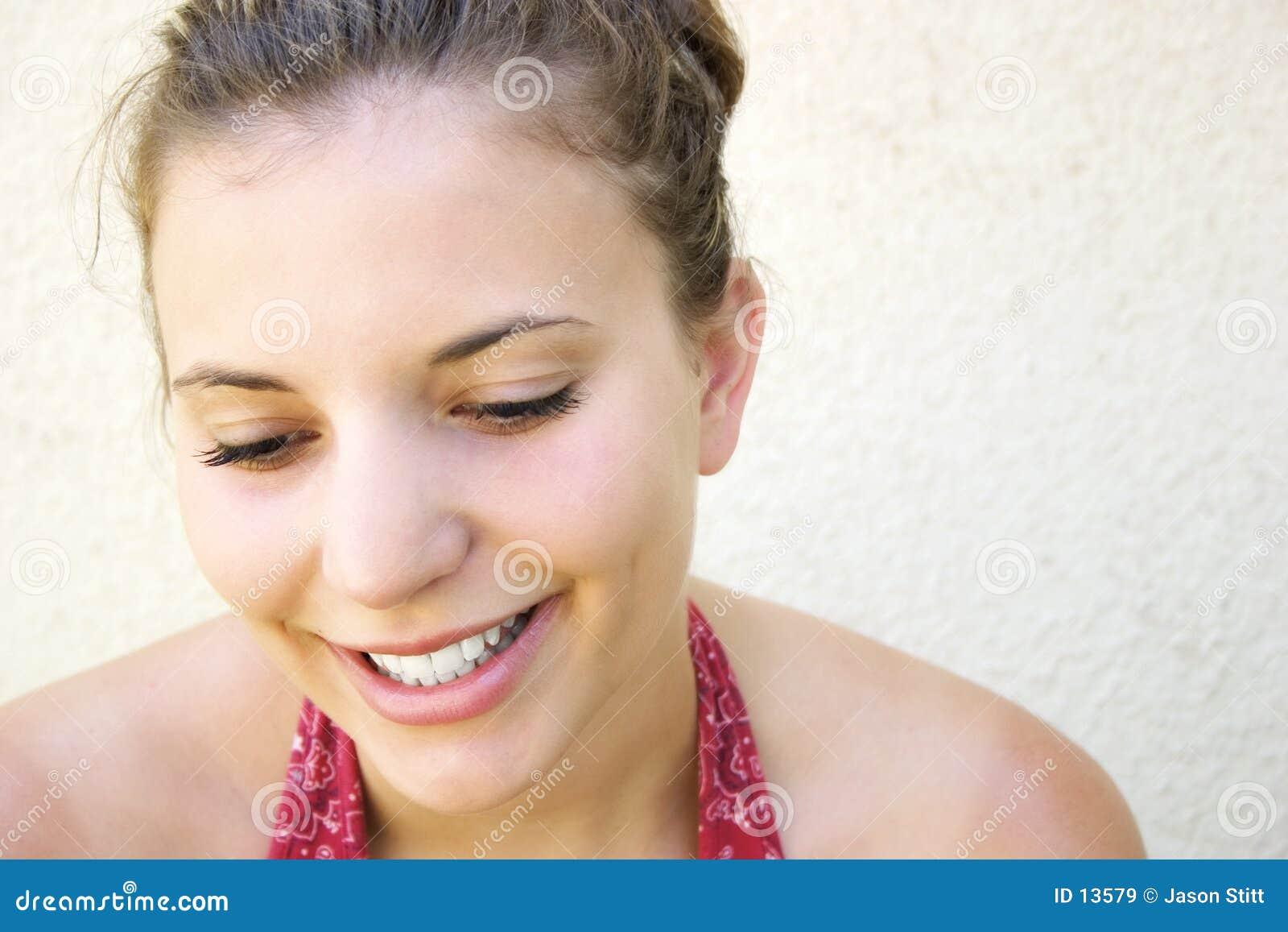 Schöne lächelnde Frau