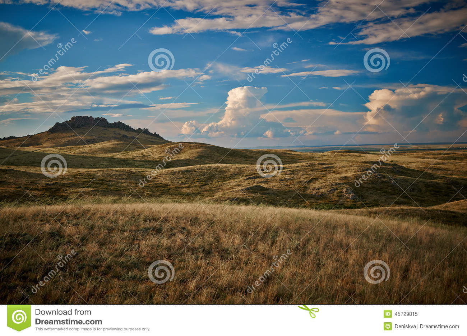 sch ne natur landschaft in kasachstan am sommer tag stockbild bild von kazakhstan berg 45729815. Black Bedroom Furniture Sets. Home Design Ideas