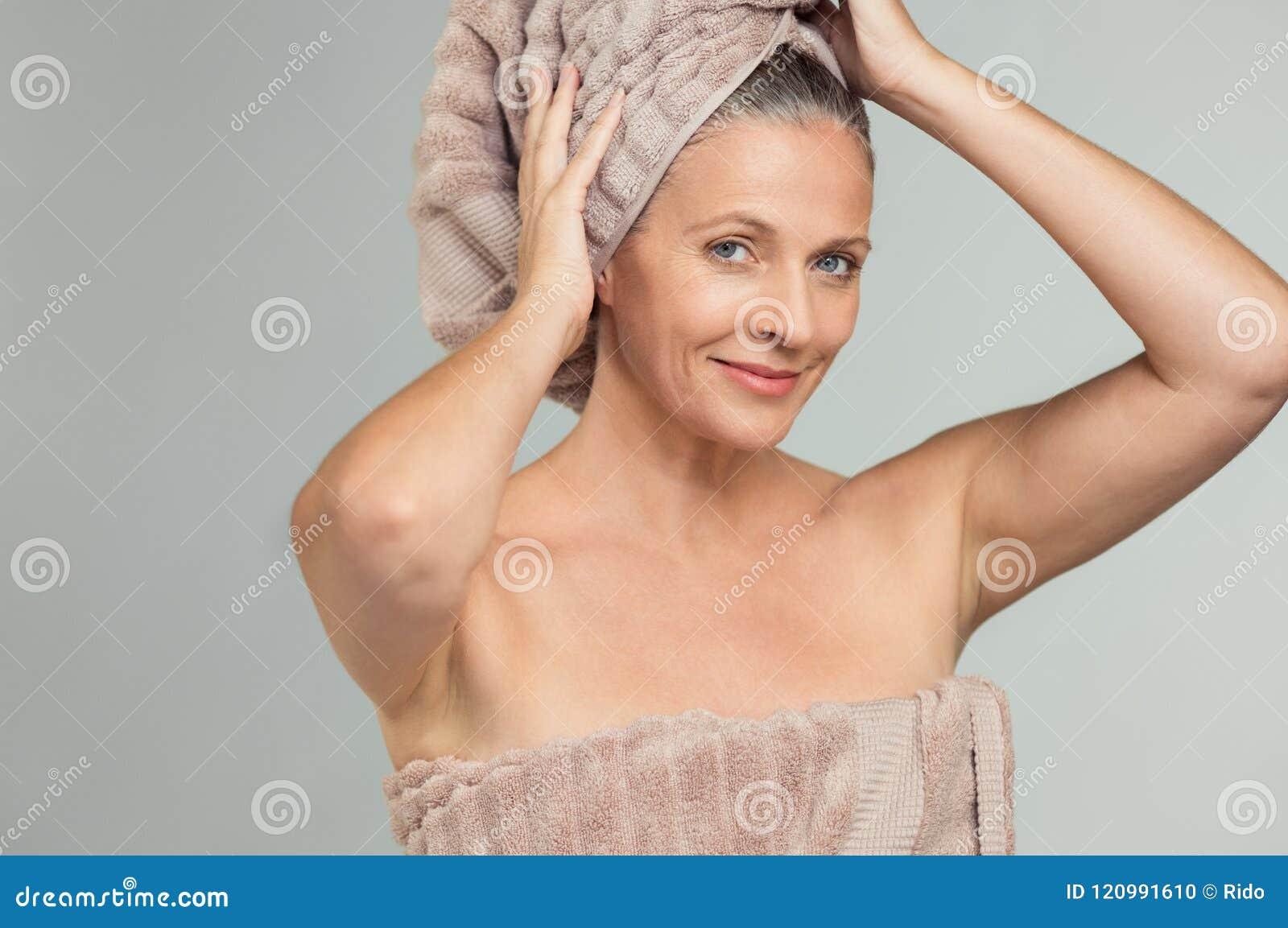 Frauen schöne nackt reife Reife nackte