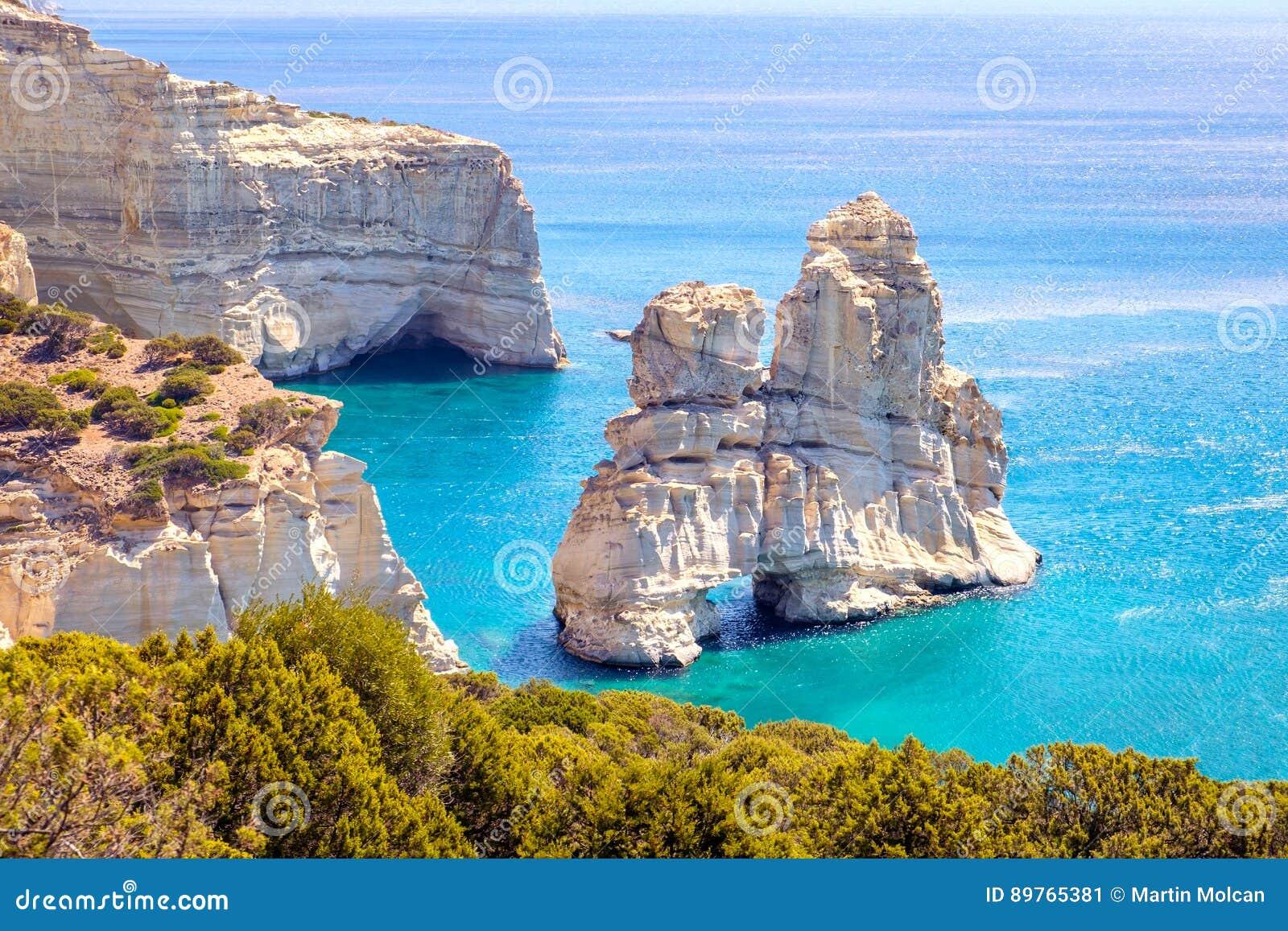 Schöne szenische Meerblickansicht felsiger Küstenlinie Kleftiko auf Milosinsel