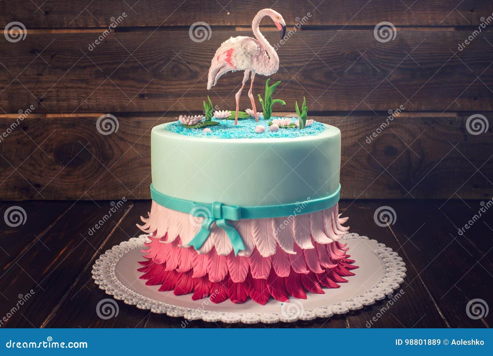 Schoner Kuchen Verziert Mit Einer Zahl Von Rosa Flamingos Im Teich