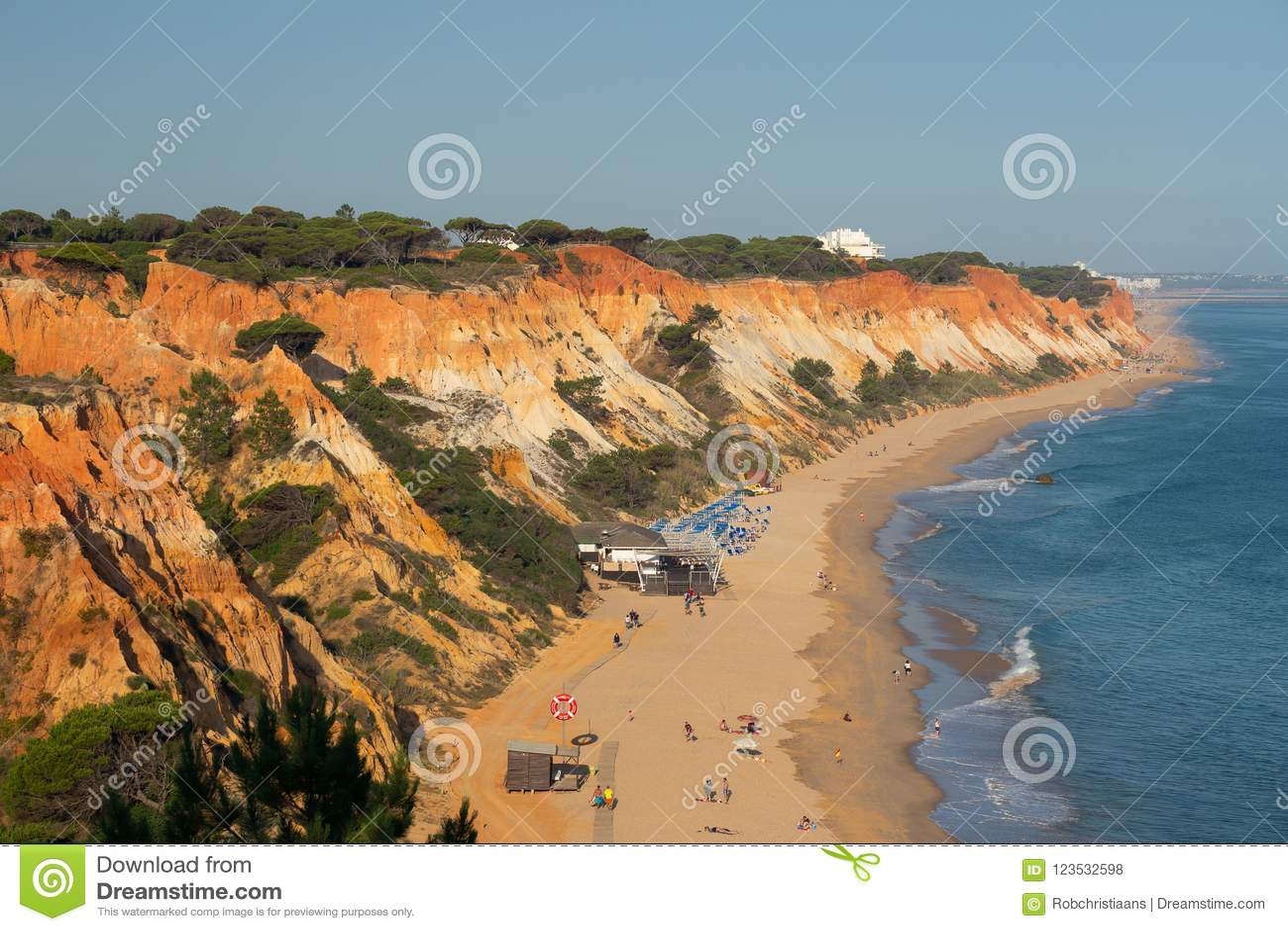 Schoner Strand Und Klippen In Algarve Portugal Nahe Albufeira