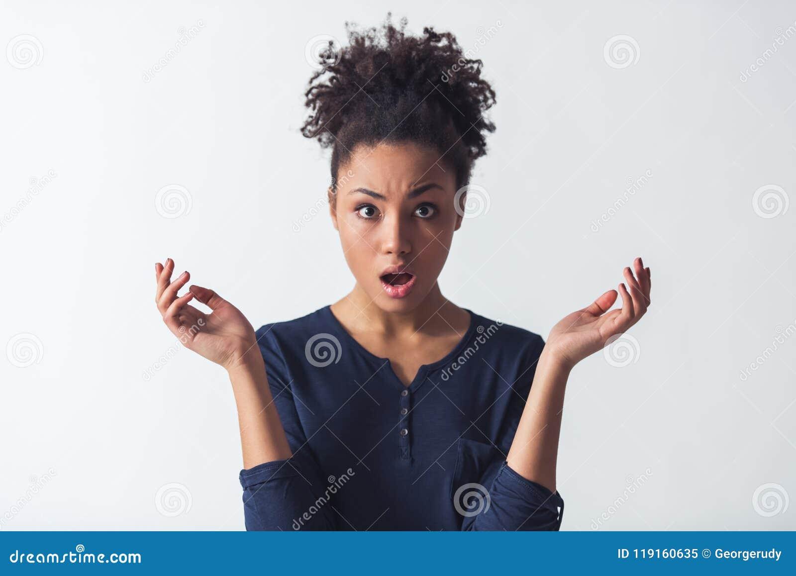 Download Schönes Afroes-amerikanisch Mädchen Stockbild - Bild von afrikanisch, beiläufig: 119160635