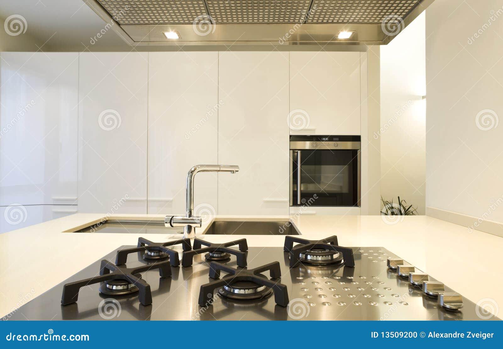 Schönes Innenhaus stockfoto. Bild von küche, innen, weiß - 13509200