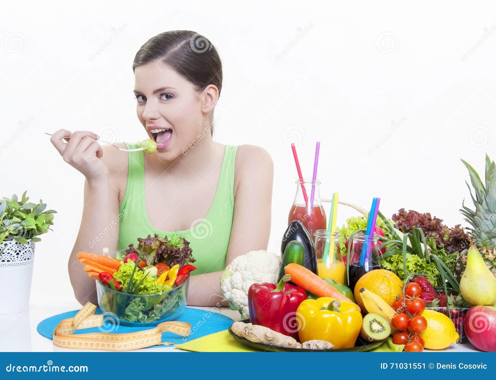 Schones Madchen Mit Gesunder Diat Der Obst Und Gemuse Stockbild
