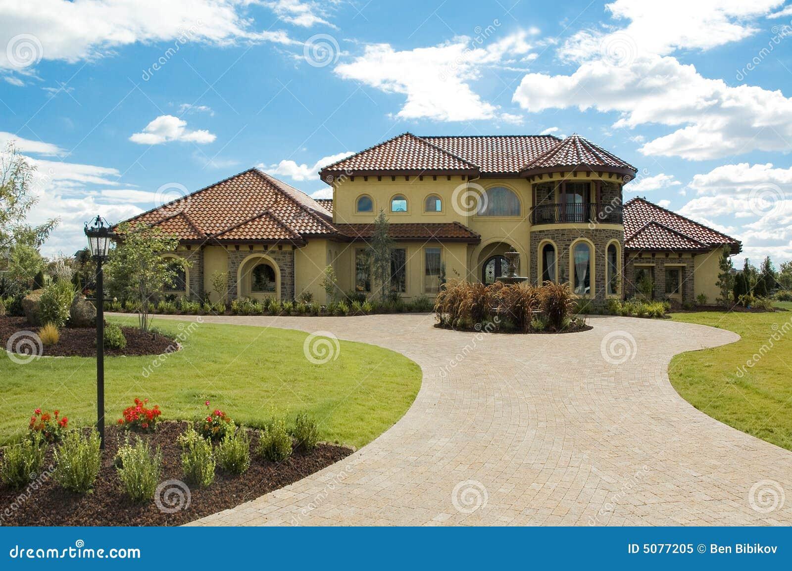 sch nes toskana haus stockbild bild von huge architektur. Black Bedroom Furniture Sets. Home Design Ideas