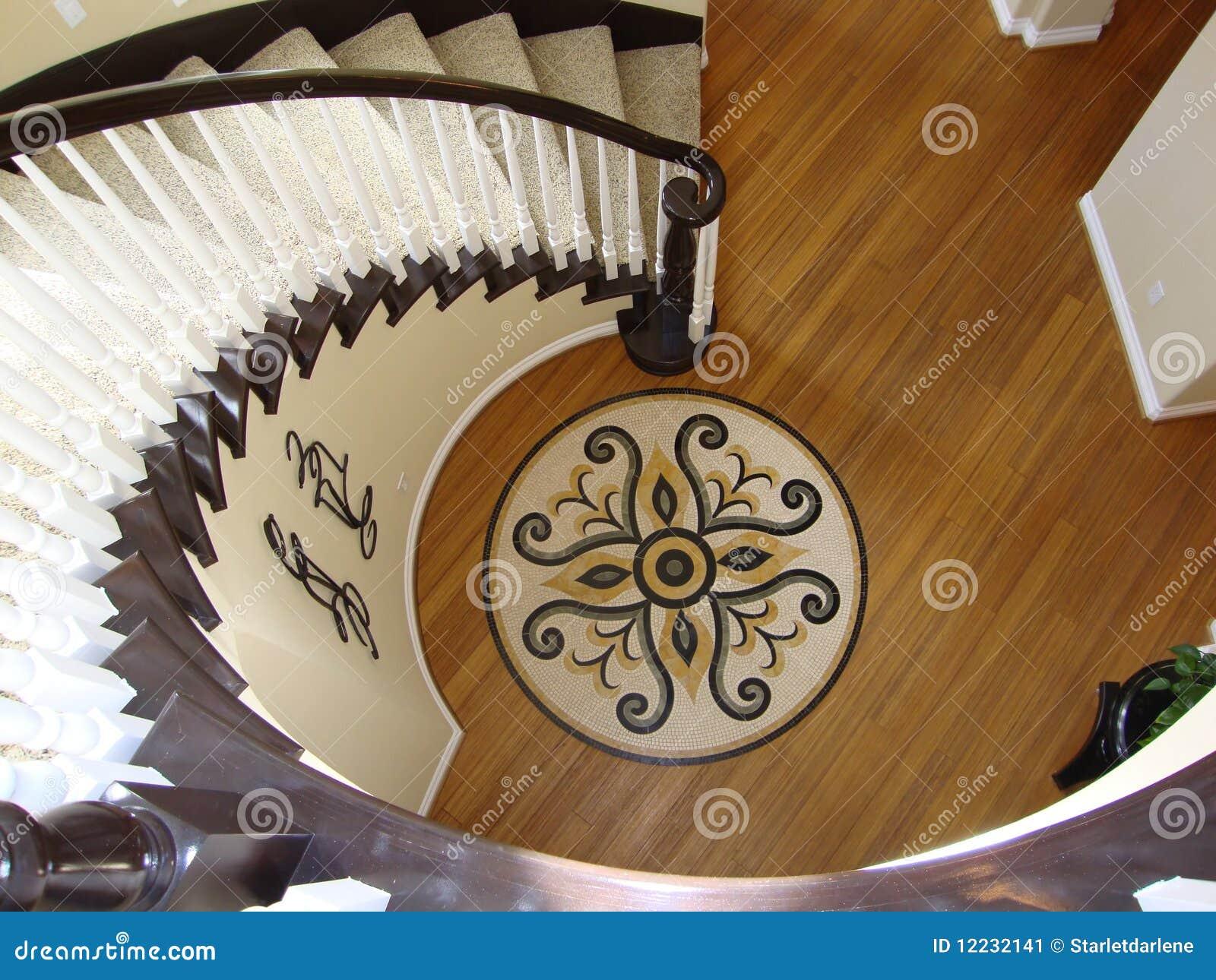 Schones Treppenhaus Mit Mosaik Fussboden Stockbild Bild Von