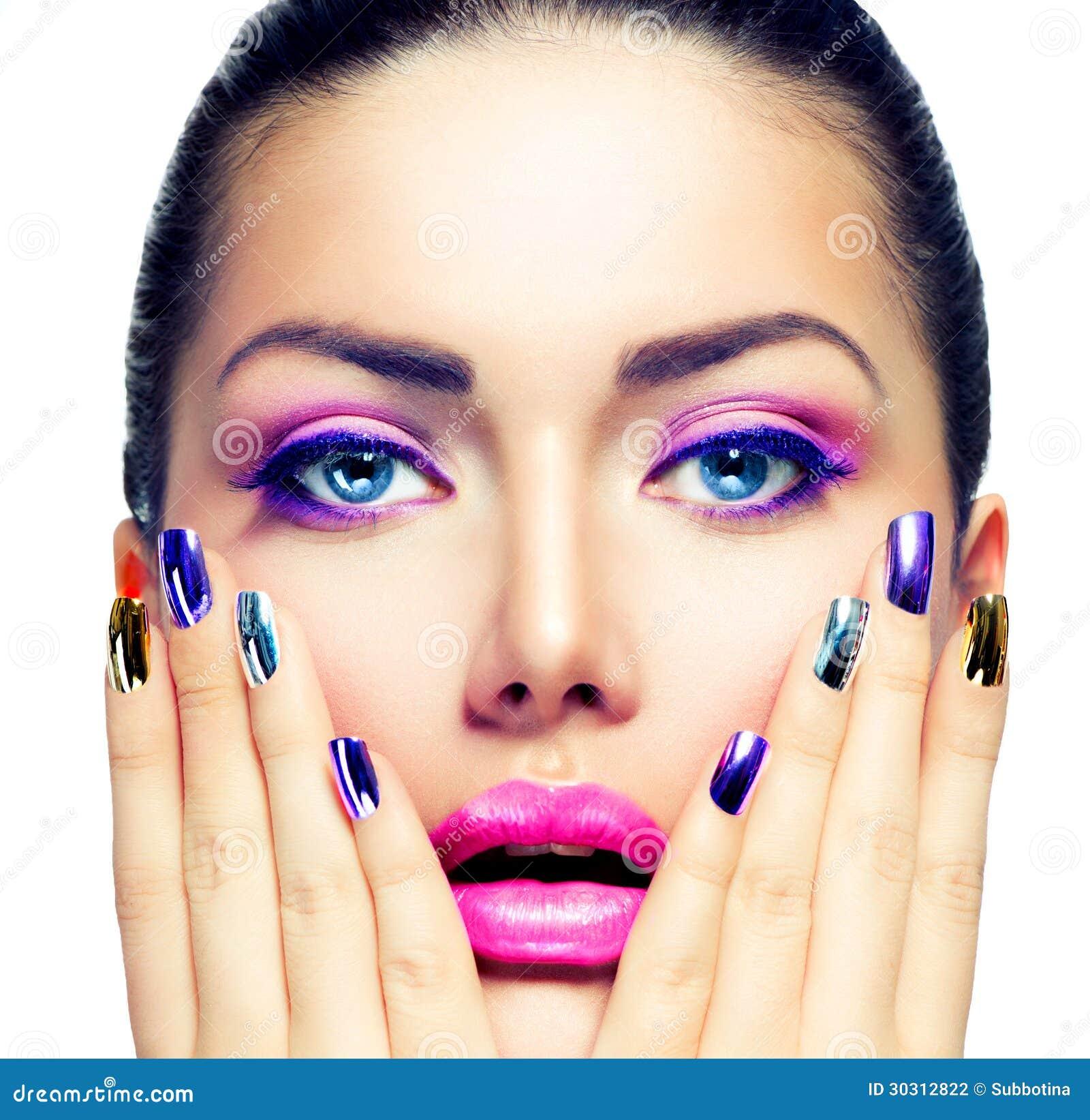 Schönheits-Make-up und Maniküre