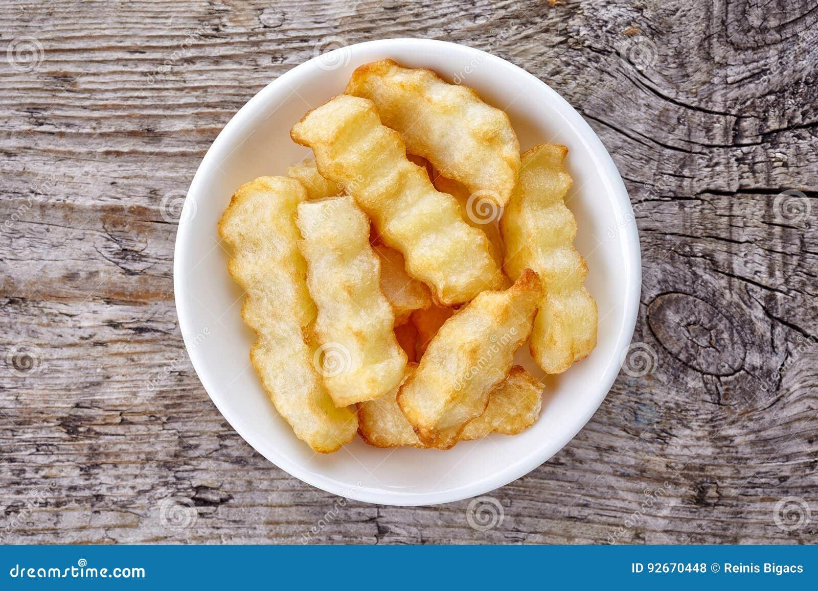 Schüssel Pommes Frites Auf Holz Von Oben Stockfoto Bild Von Imbiß