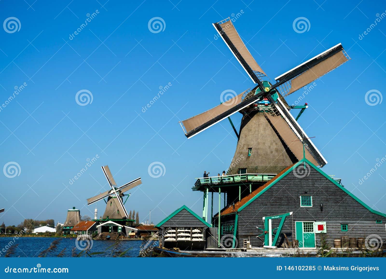 Sch?ne Windm?hlenlandschaft Zaanse Schans in Holland, die Niederlande