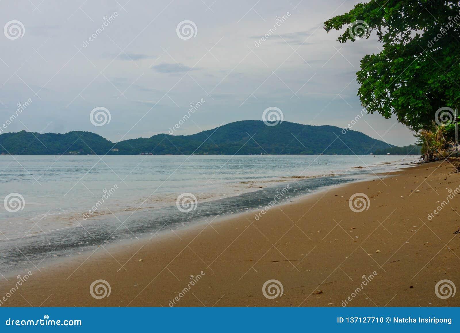 Sch?ner und ruhiger Strand bei Chanthaburi, Thailand