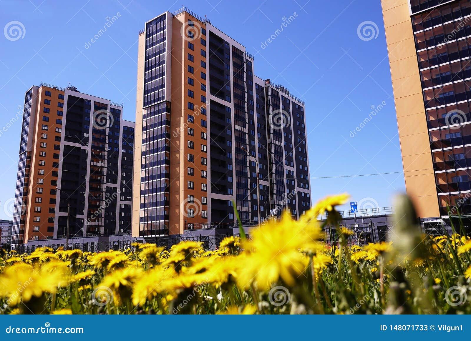 Sch?nes Hochhaushaus Appartement-Hochhaus Details der Glasfassade Details und Nahaufnahme