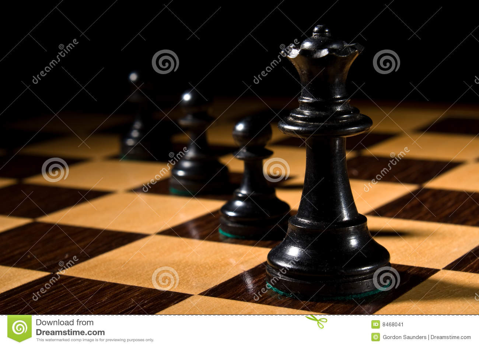Schackschackbrädeleads pantsätter drottningen