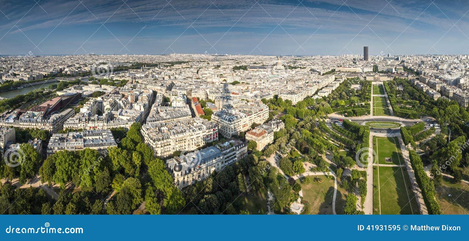 Schaduw van de Toren van Eiffel, Parijs