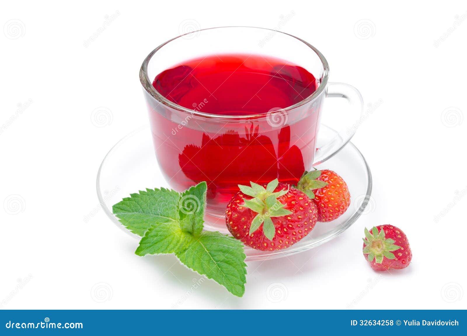 schale roter tee mit frischen erdbeeren und der minze. Black Bedroom Furniture Sets. Home Design Ideas