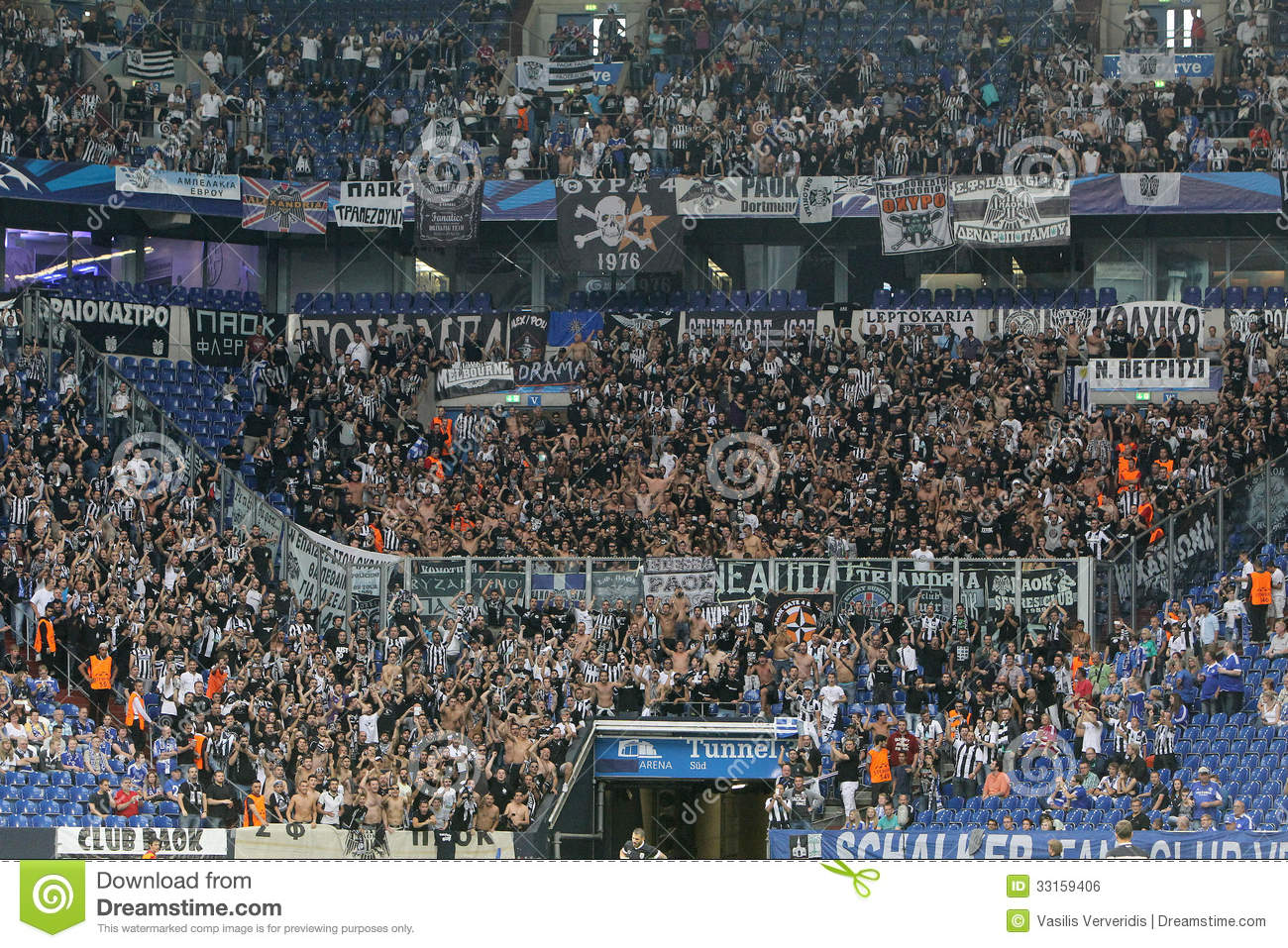 schalke vs paok champions league editorial photo image 33159406. Black Bedroom Furniture Sets. Home Design Ideas