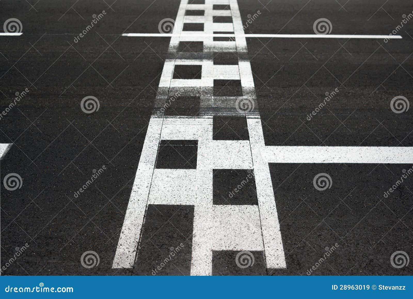 Schalten Sie Zu Und Beenden Sie Rennenleitung Kreisläuf Asphalt ...