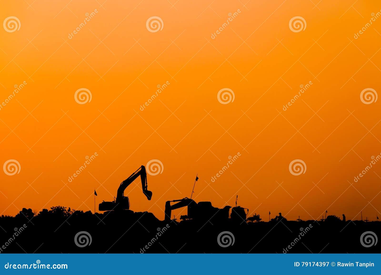 Schattenbild des Baggerladers an der Baustelle, Schattenbild-Löffelbagger