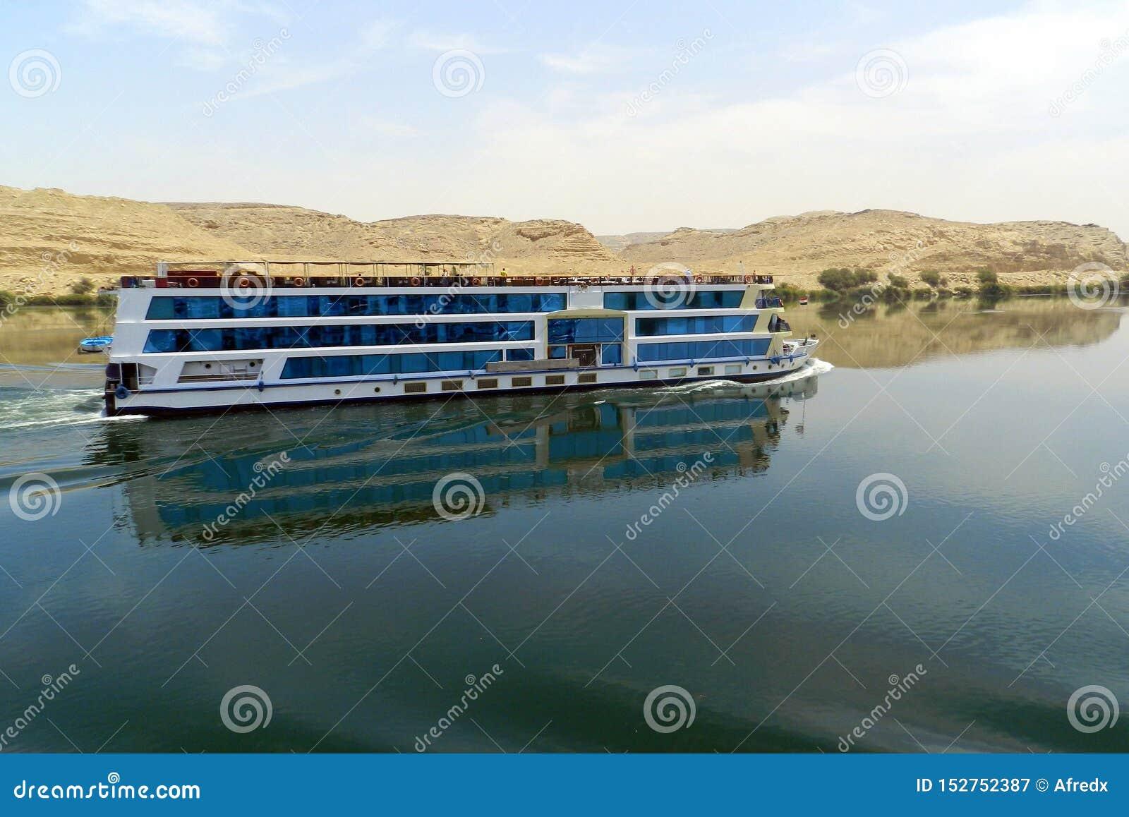 Schiff auf dem Nil, Ägypten
