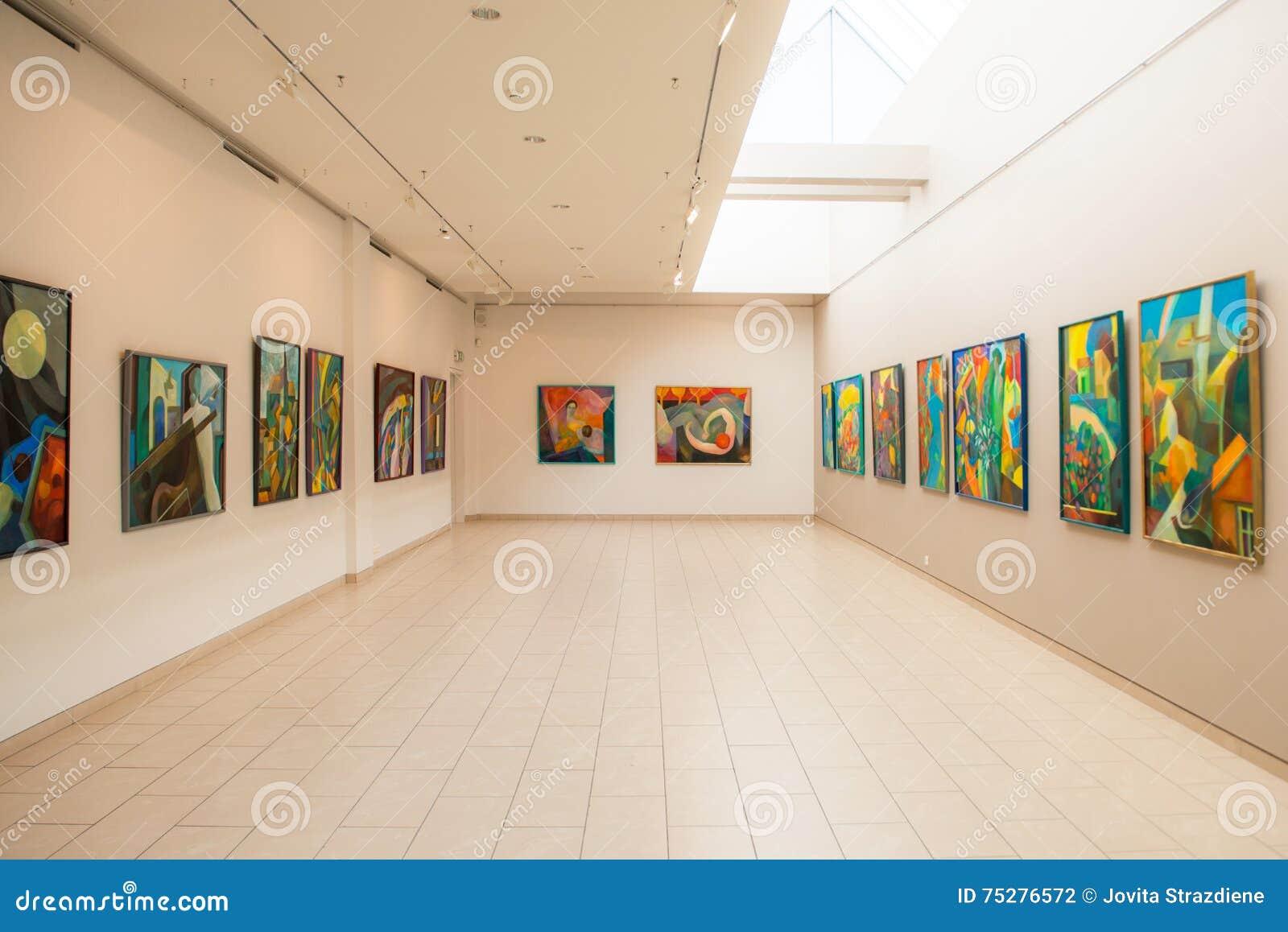 schilderijen tentoonstelling