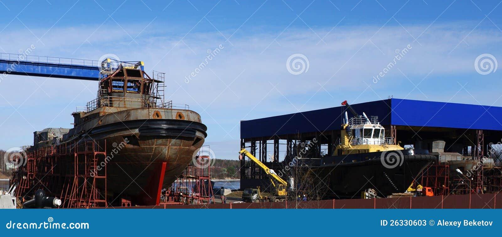 Schip in aanbouw op de voorraden