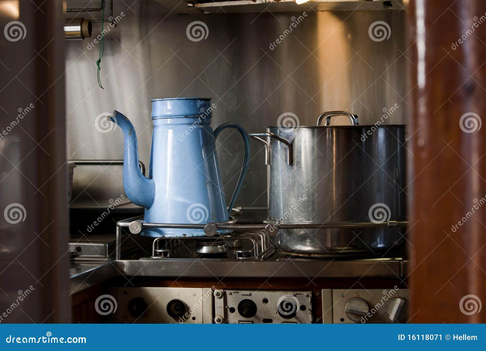 Schip de haardplaat van het kombuis stock afbeelding afbeelding 16118071 - Kombuis keuken ...