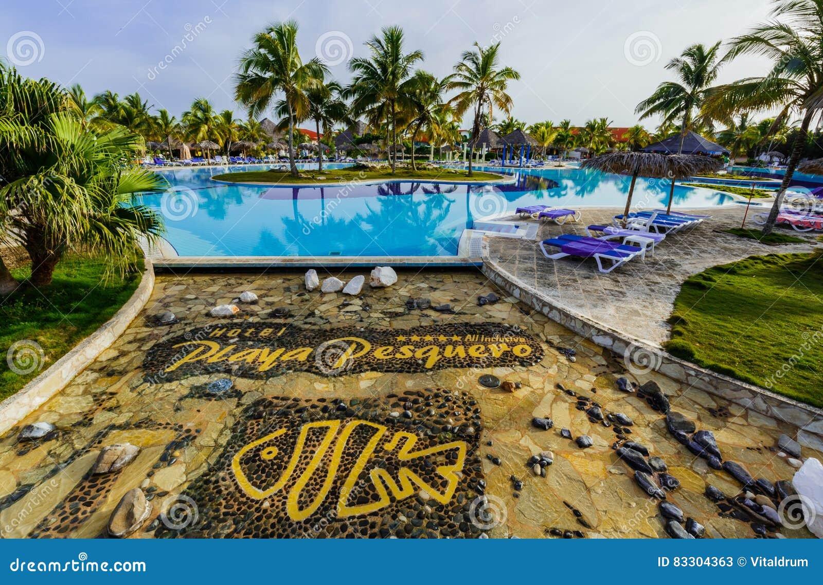 Schitterende het uitnodigen mening van van het luxe zwembad en hotel gronden in tropische tuin for Tuin allen idee