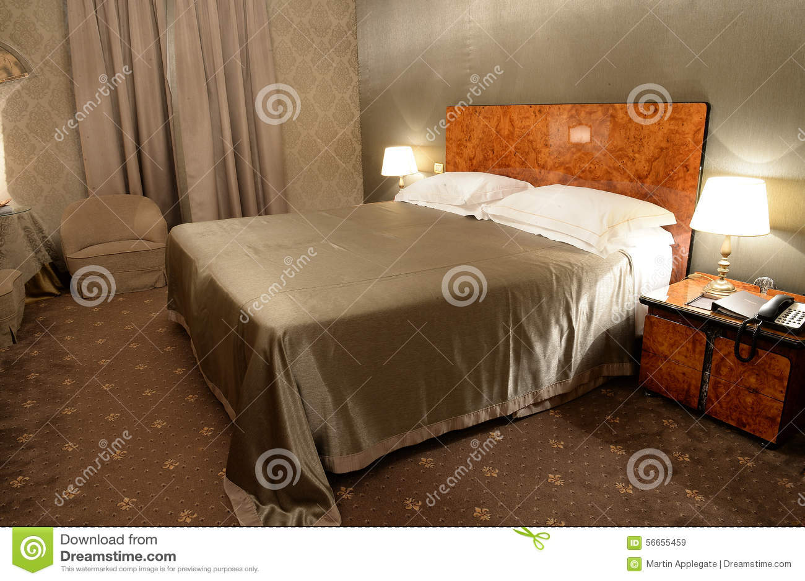 Download Schlafzimmer Im Braun Stockbild. Bild Von Unbesetzt, Geschlossen    56655459