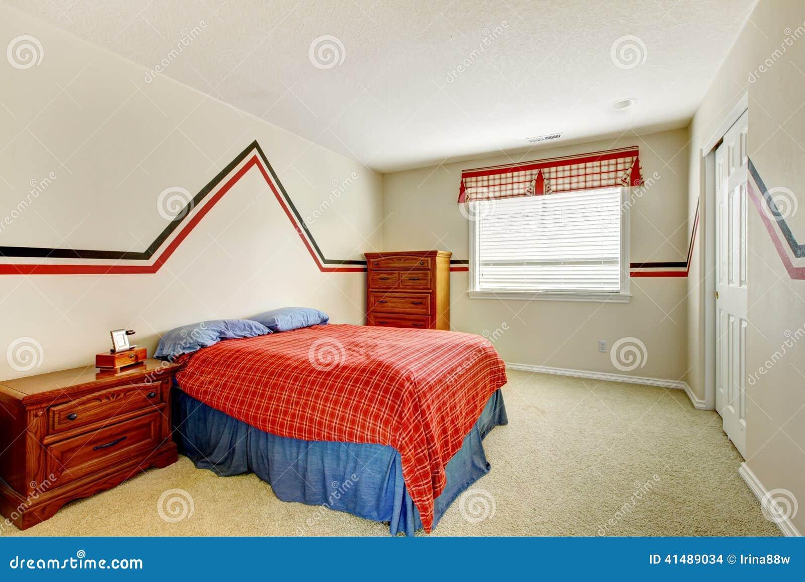 schlafzimmer mit gemalter wand und helle farben gehen zu bett stockfoto bild 41489034. Black Bedroom Furniture Sets. Home Design Ideas