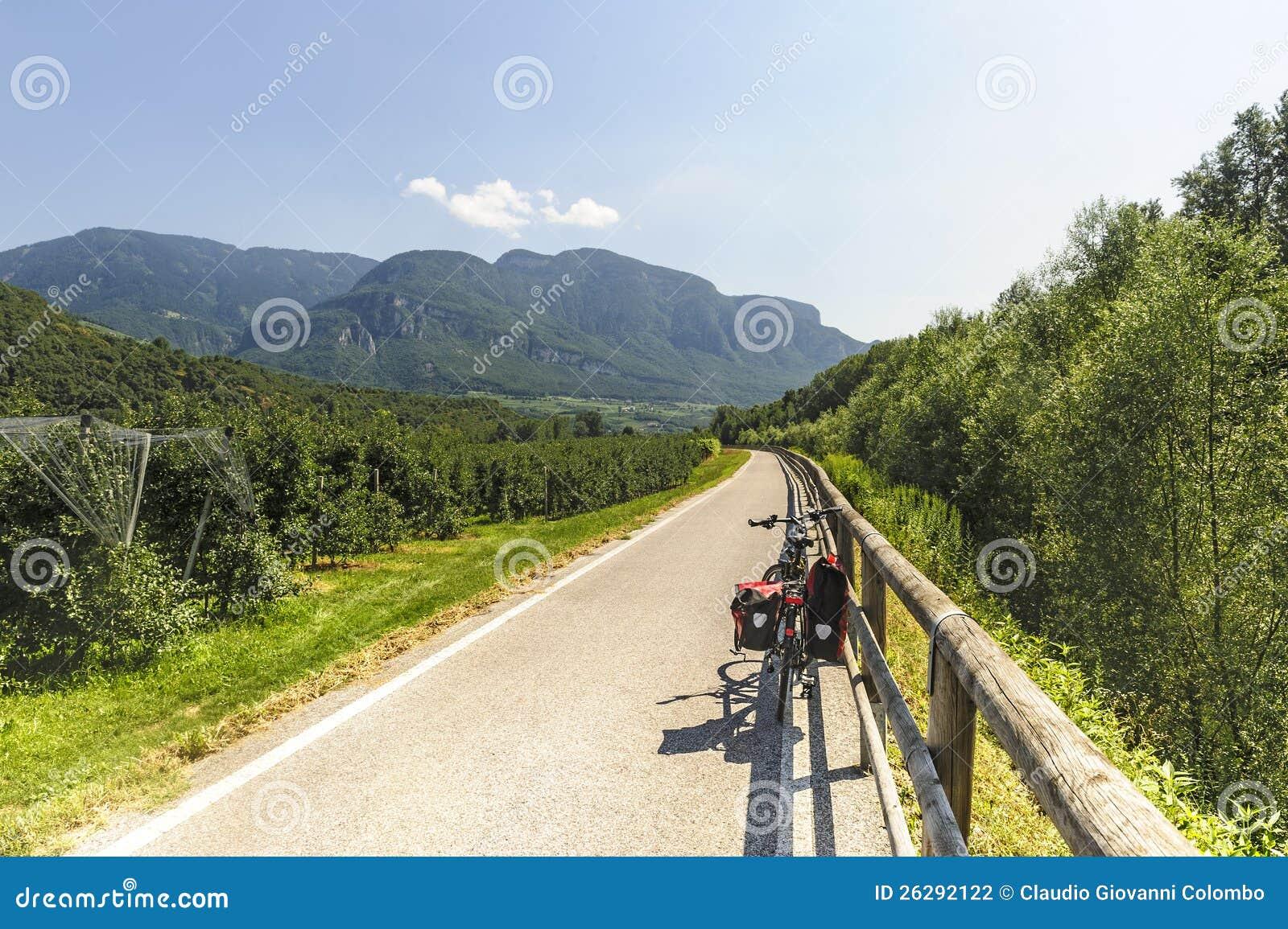 Schleifeweg des Adige-Tales