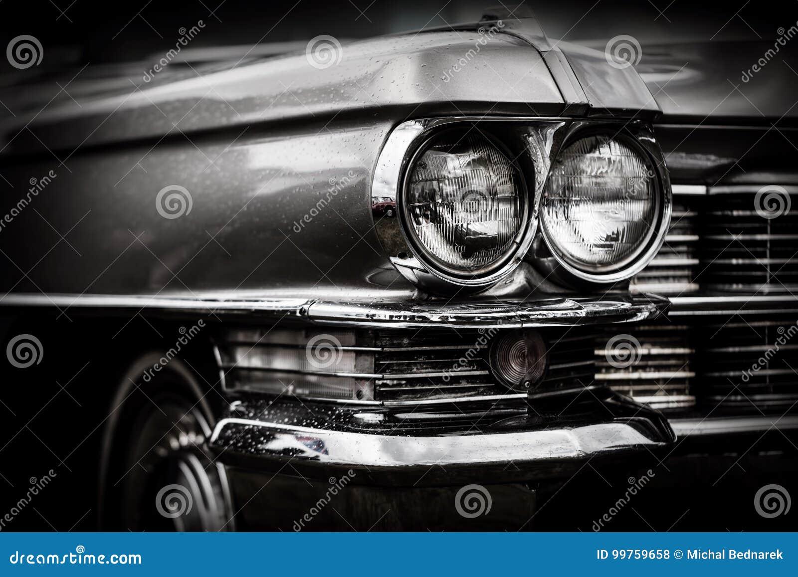 Schließen Sie herauf Detail des wieder hergestellten klassischen amerikanischen Autos