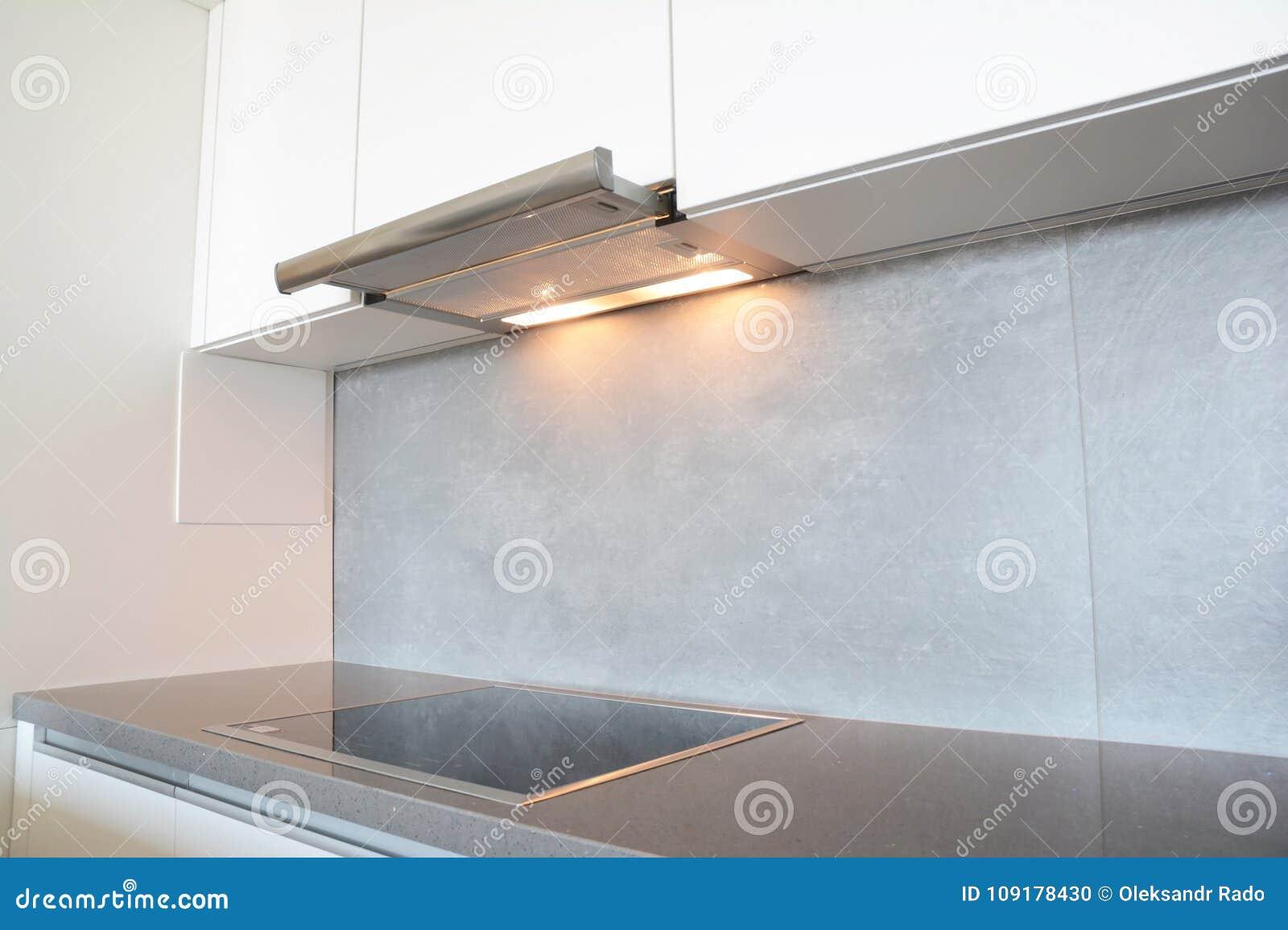 Schließen sie oben auf modernem luftlüfterküche fan oder