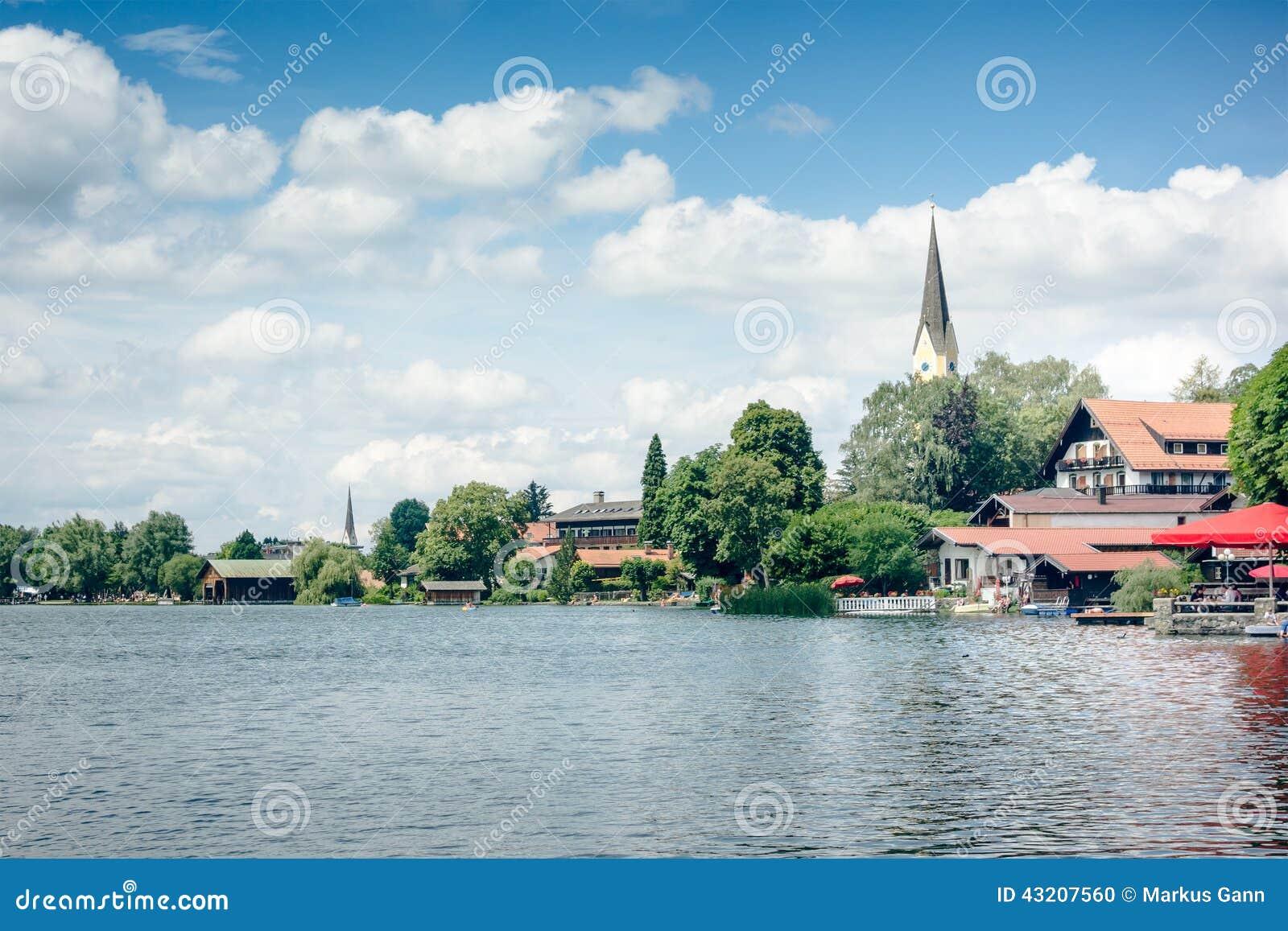 Download Schliersee arkivfoto. Bild av avkoppling, panorama, vatten - 43207560